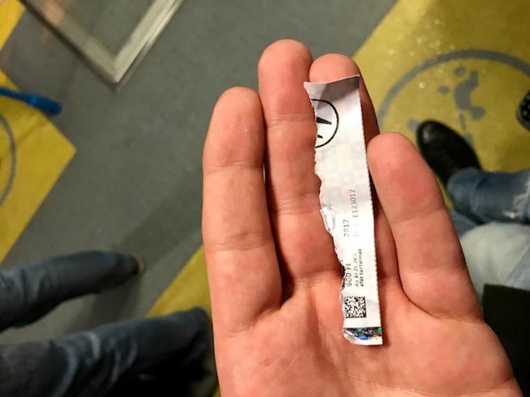 Nem fogod elhinni, milyen jegyet kapnak az utasok a ferihegyi reptéri buszon