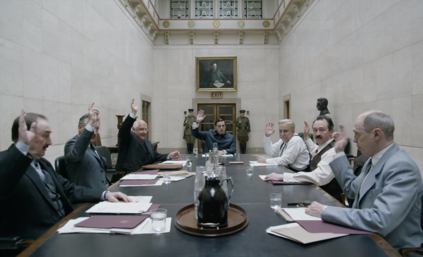 Lecsaptak az orosz cenzorok egy moszkvai mozira amiért levetítették a Sztálin halálát, aztán gyorsan megbírságolták őket egy Depardieu-filmért is