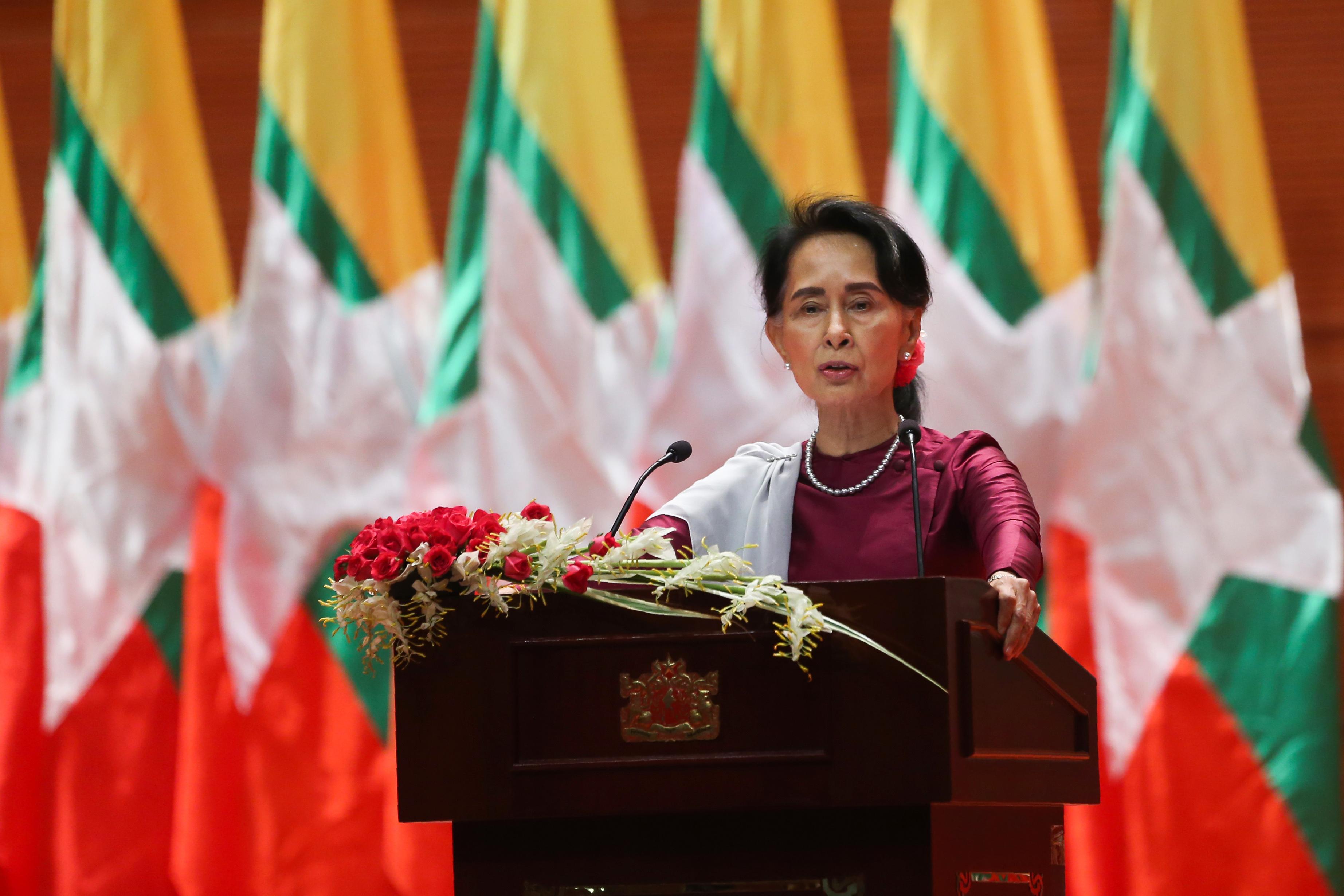 A mianmari hadsereg feloszlatja Aung Szan Szú Kjí pártját