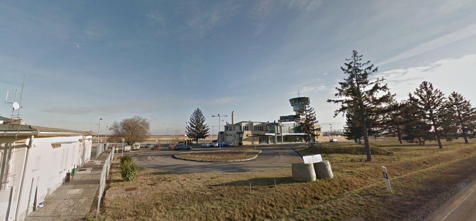 Megveheti az állam Pécs repterét, amit egyből bérbe is adhat az oroszoknak