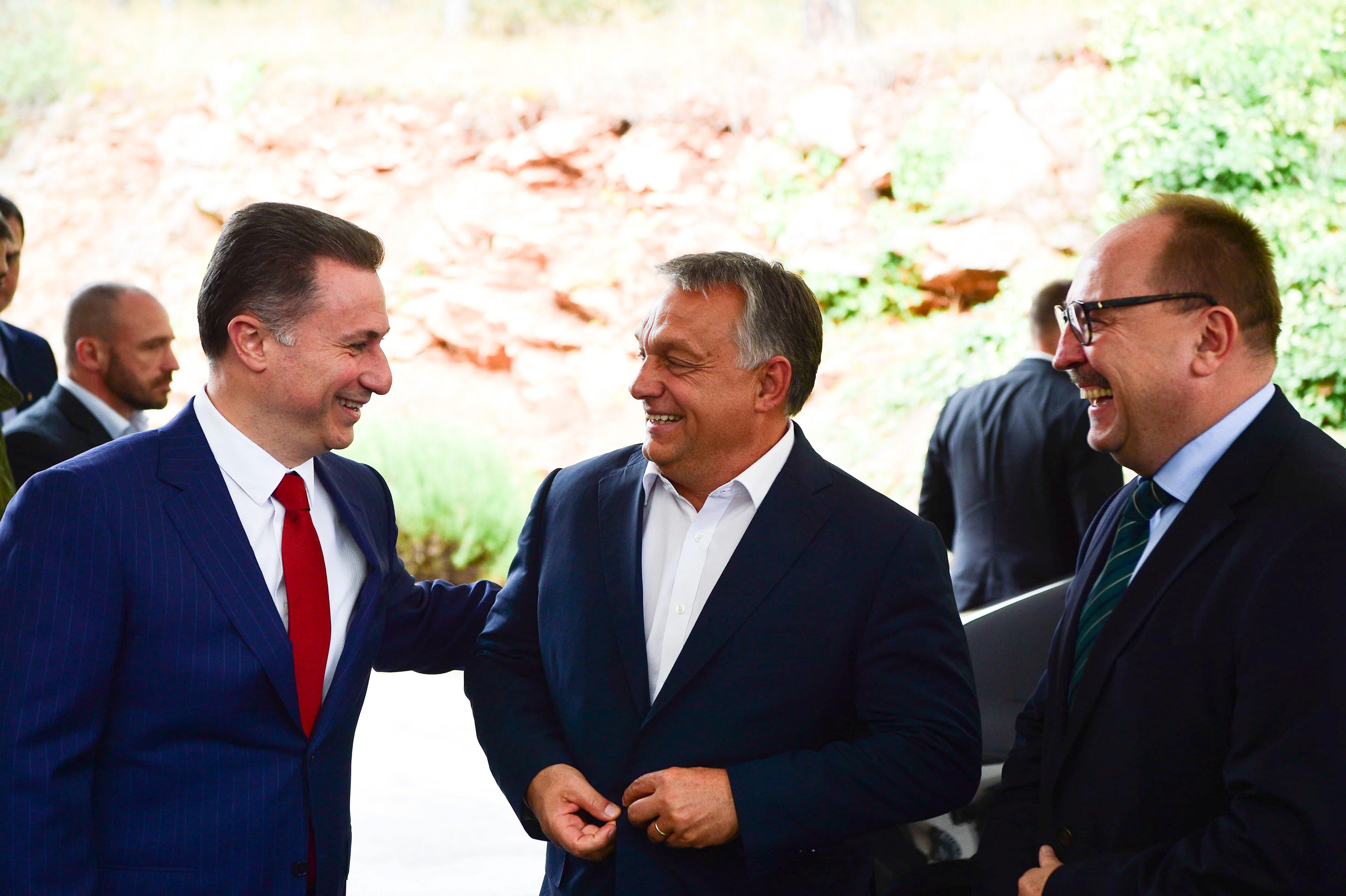 Gruevszki a tiranai magyar nagykövetség egyik autójával hagyta el Albániát