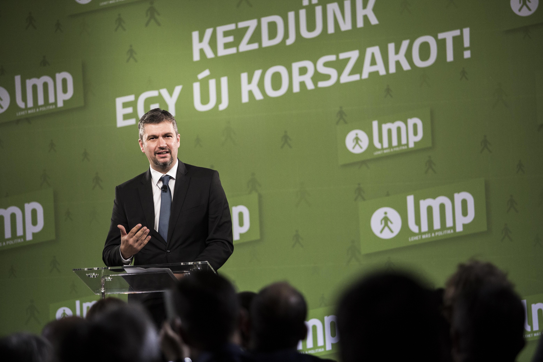 Hadházy Ákos: Orbán korrupt veje miatt 12 milliárd forinttól esnek el a magyar adófizetők