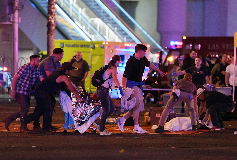 Több mint 50 embert végzett ki egy férfi Las Vegasban vasárnap éjjel