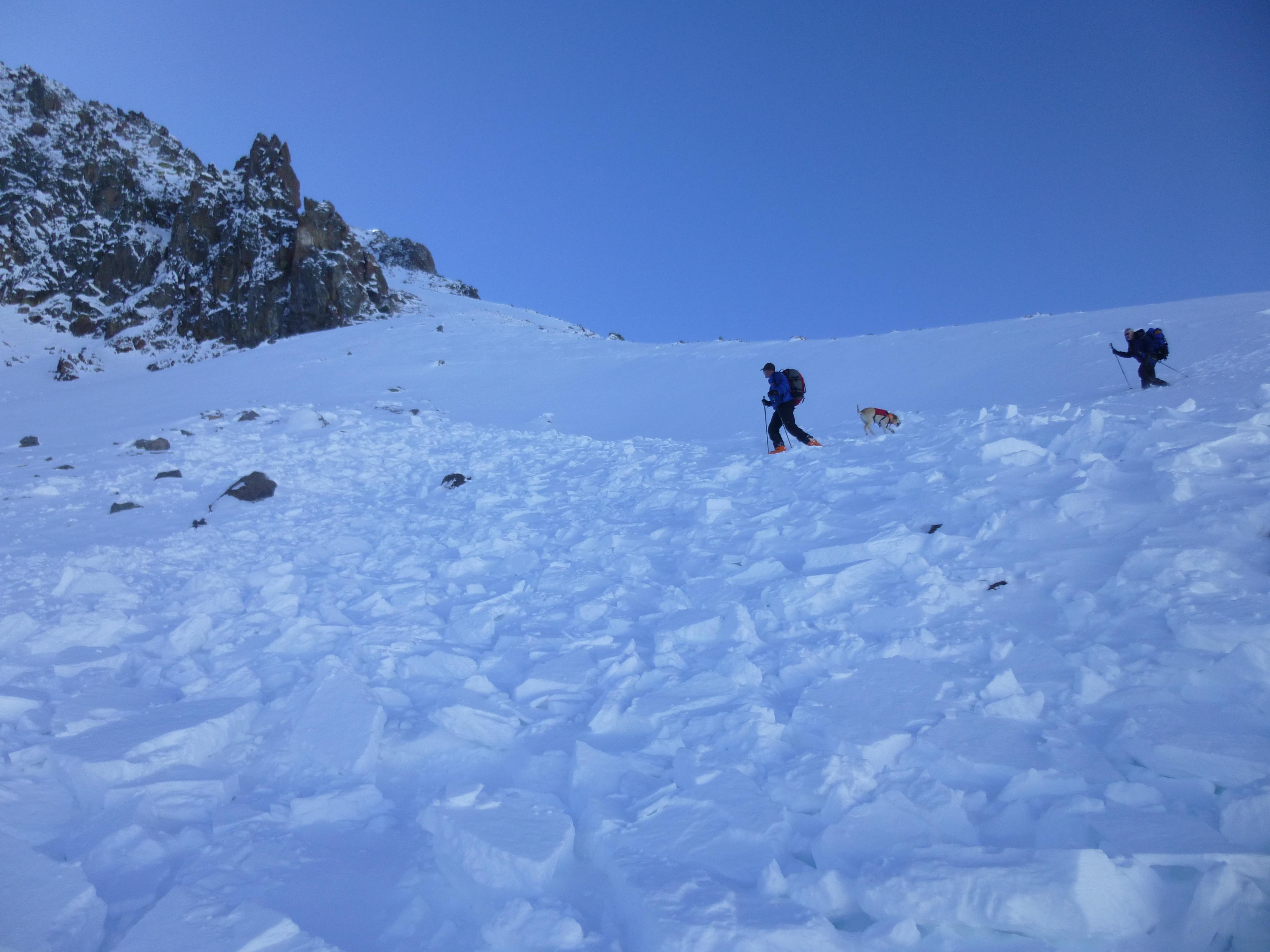 Öngyilkos lett a hegymászó, miután a lavina megölte a barátnőjét
