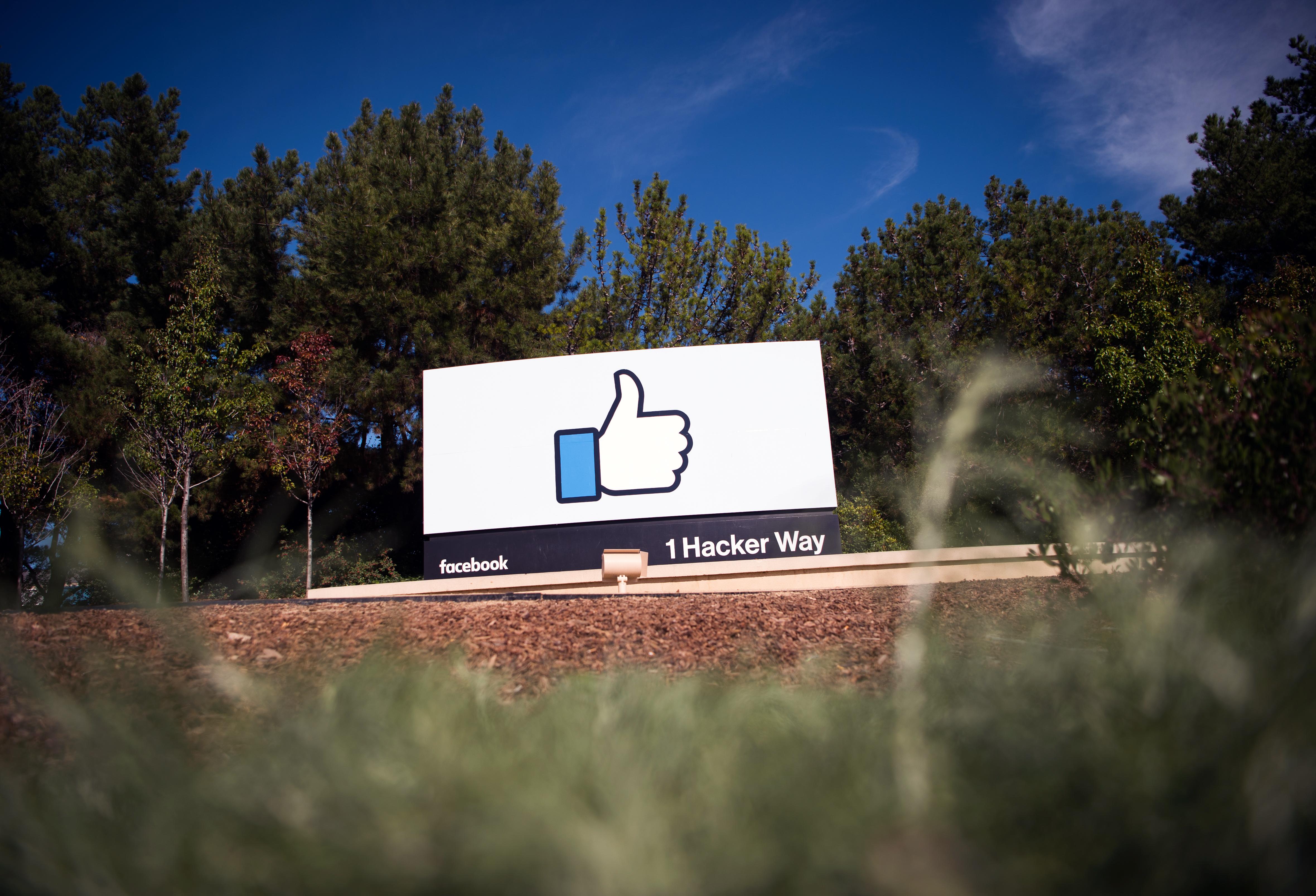 Belterjessége miatt a Facebook fel se fogja, hogy mit csinált
