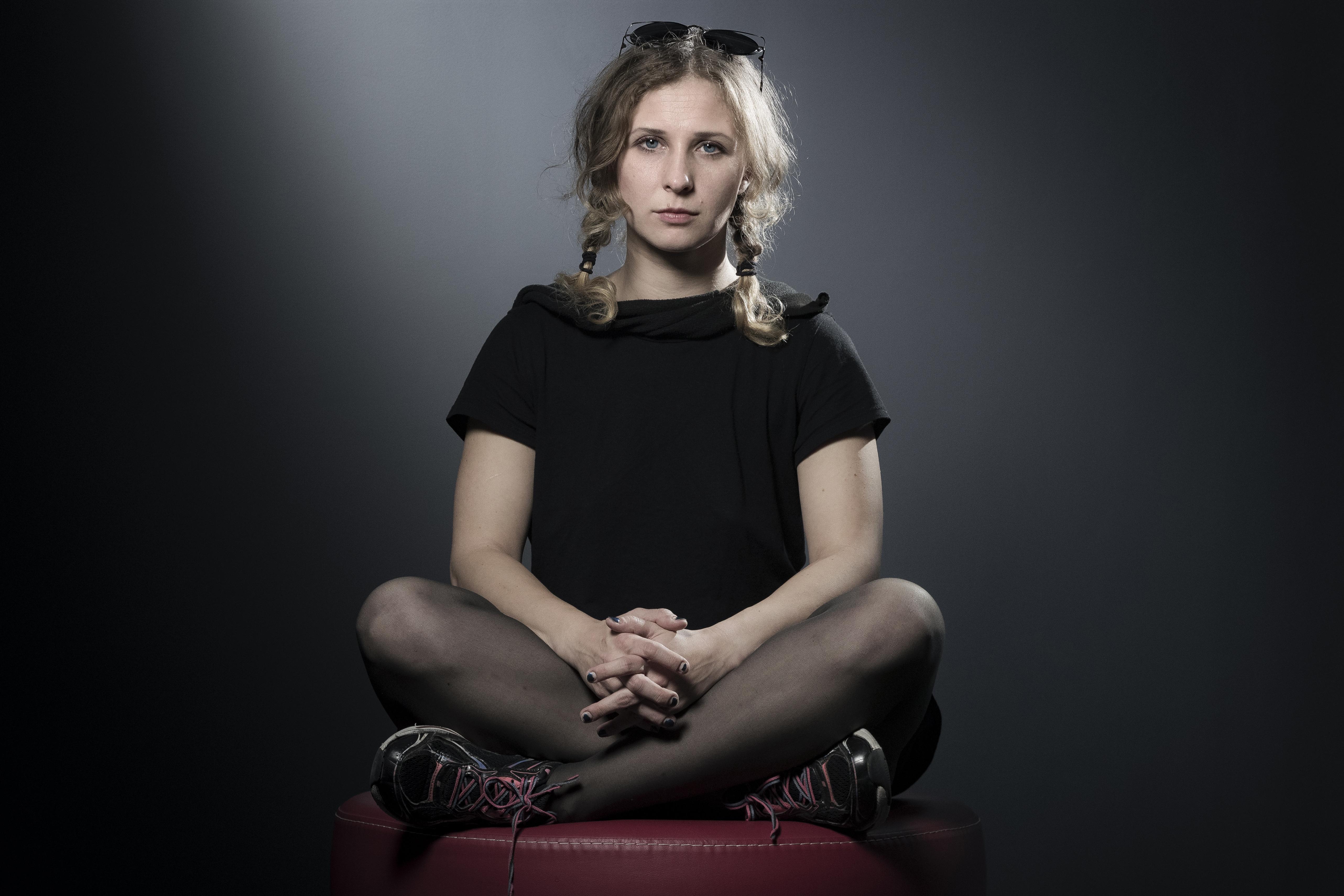 A feminista Pussy Riot Másája összejött egy szélsőjobbos aktivistával