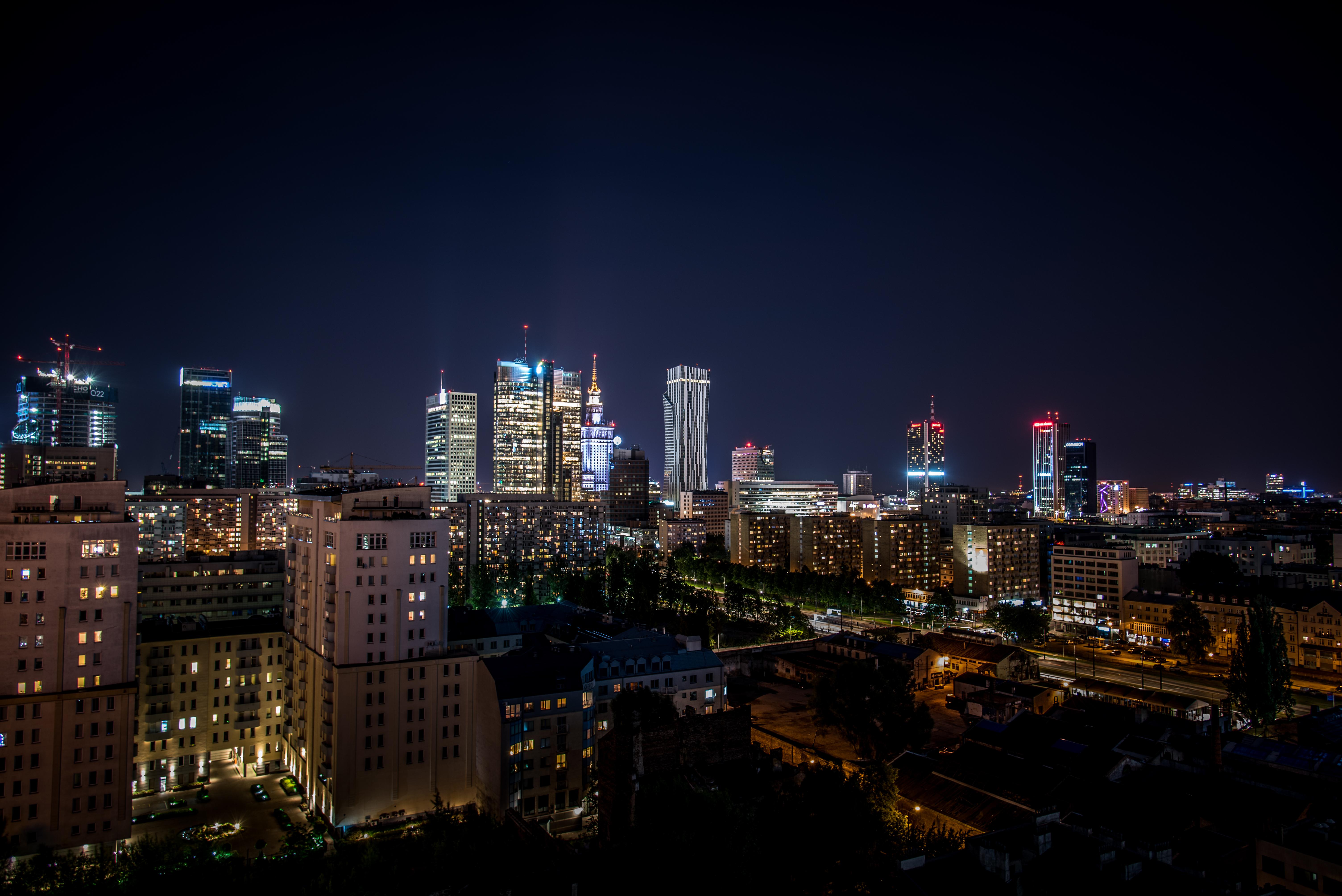 Felgyújtotta magát egy a demokráciát féltő tiltakozó Varsóban