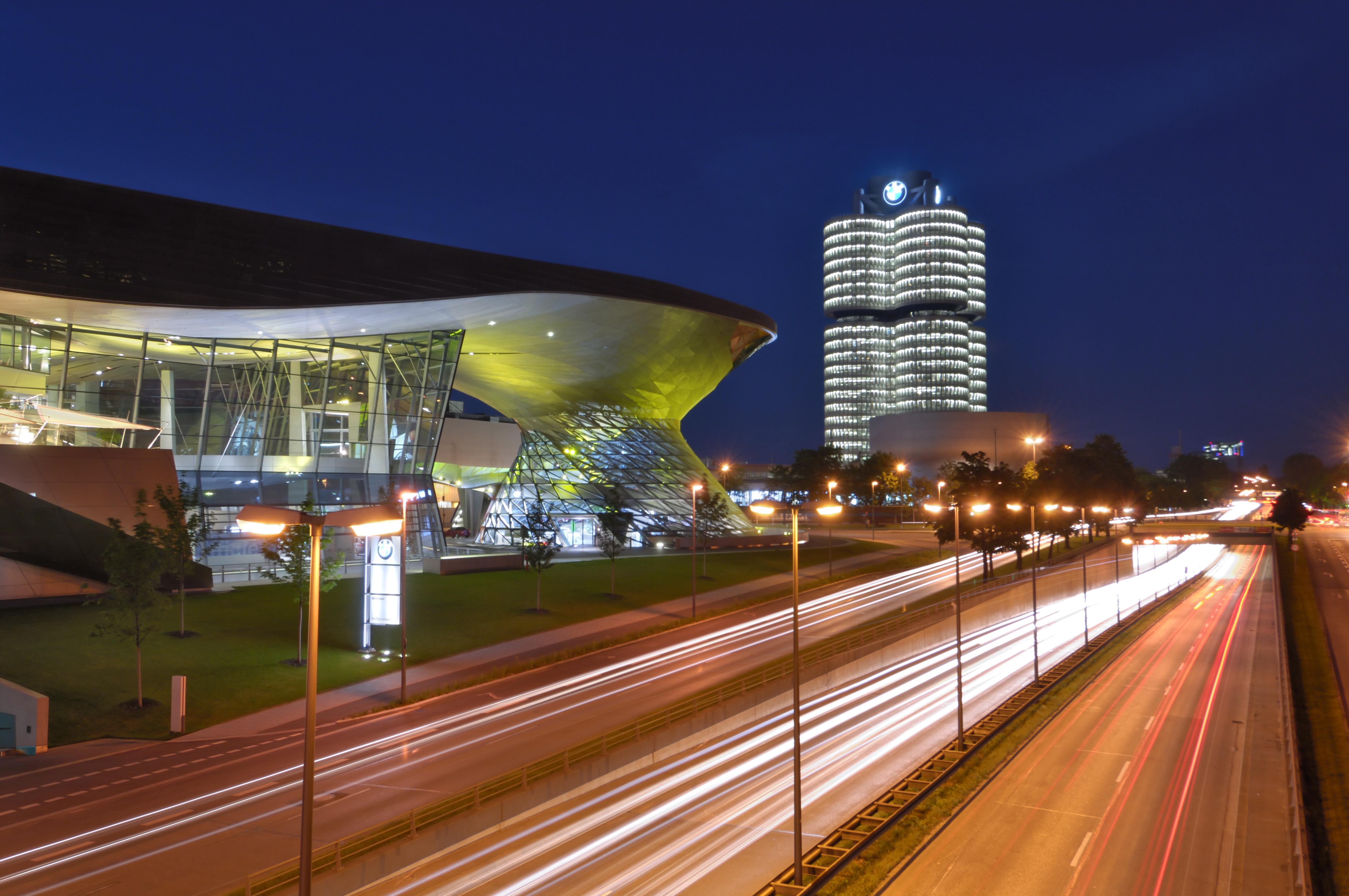 Razziáztak a BMW központjában Münchenben