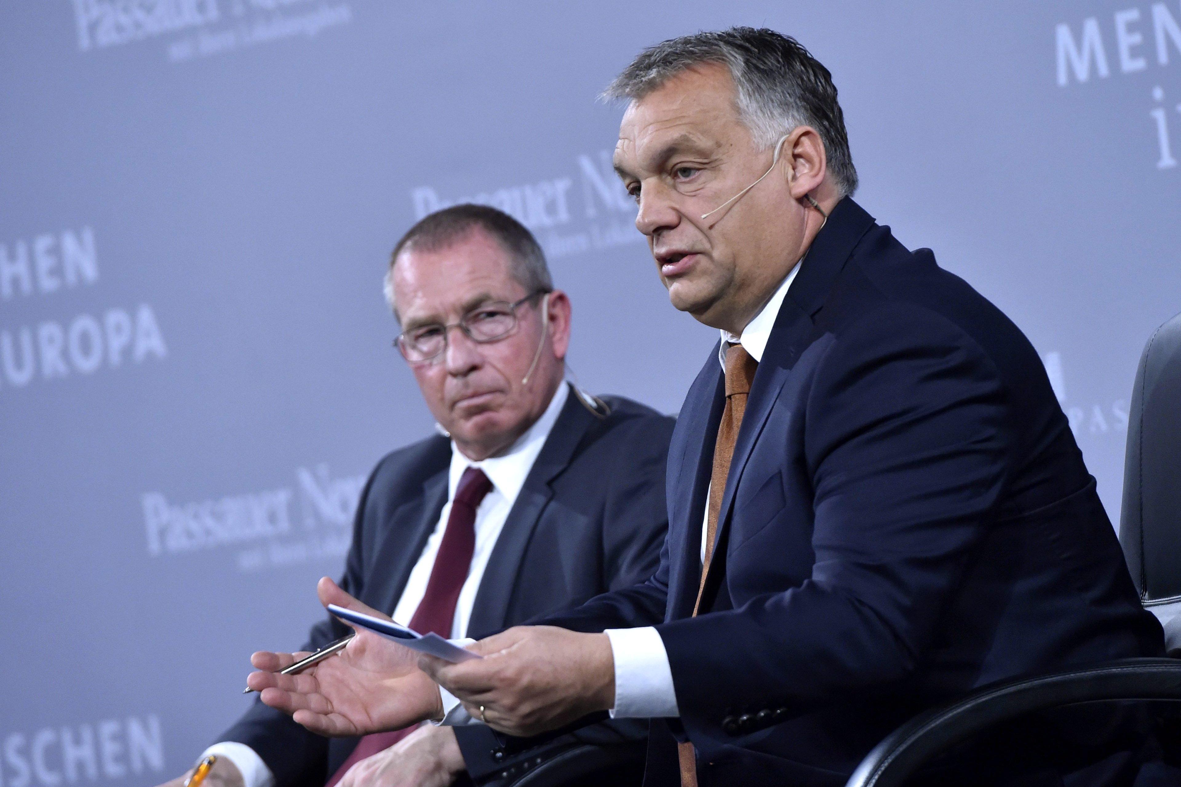 Orbán: A civil szervezetek megtámadták a magyar katonákat és rendőröket