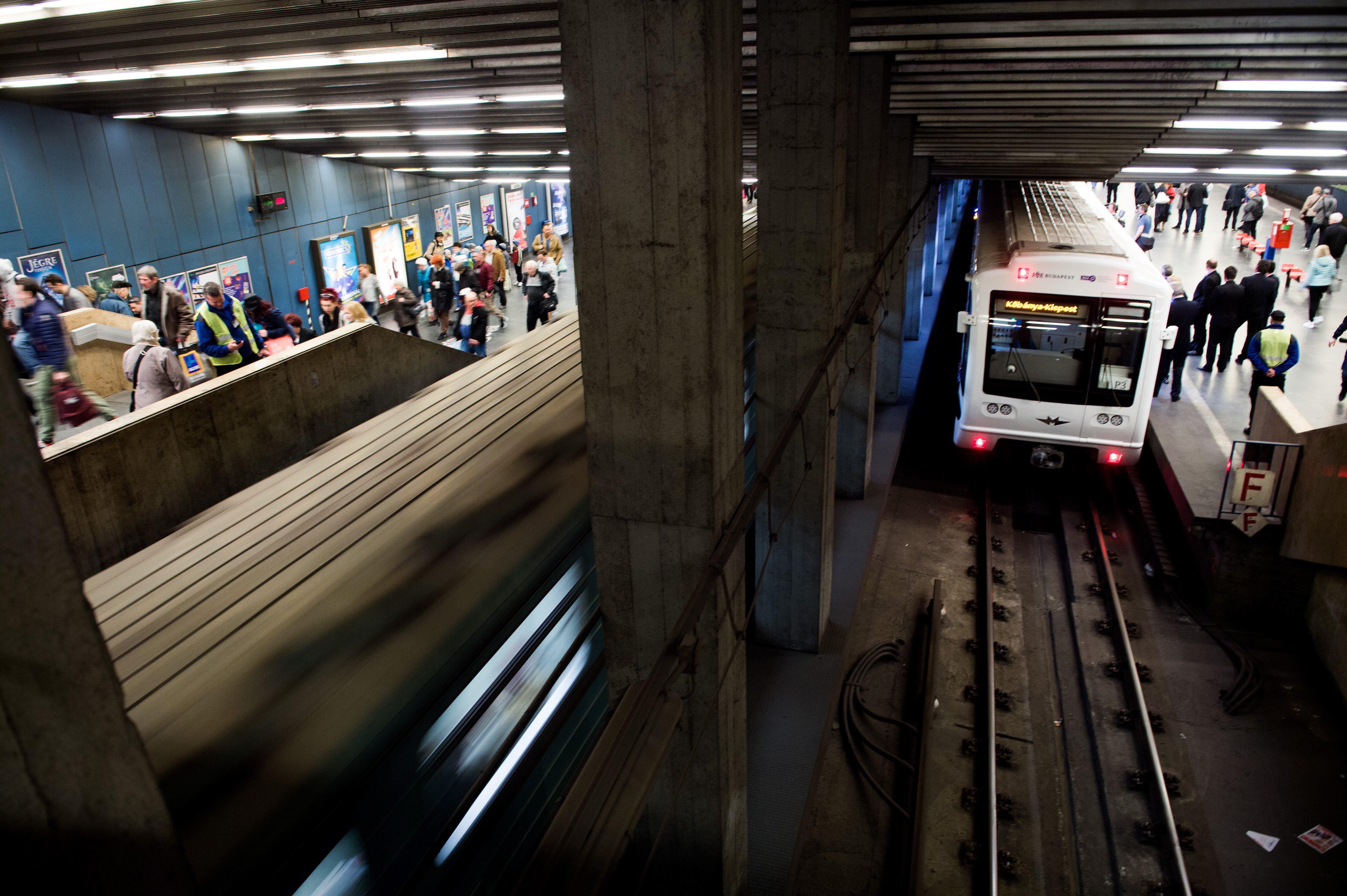 Mostantól patikatisztaságú lesz a budapesti metró mozgólépcsője