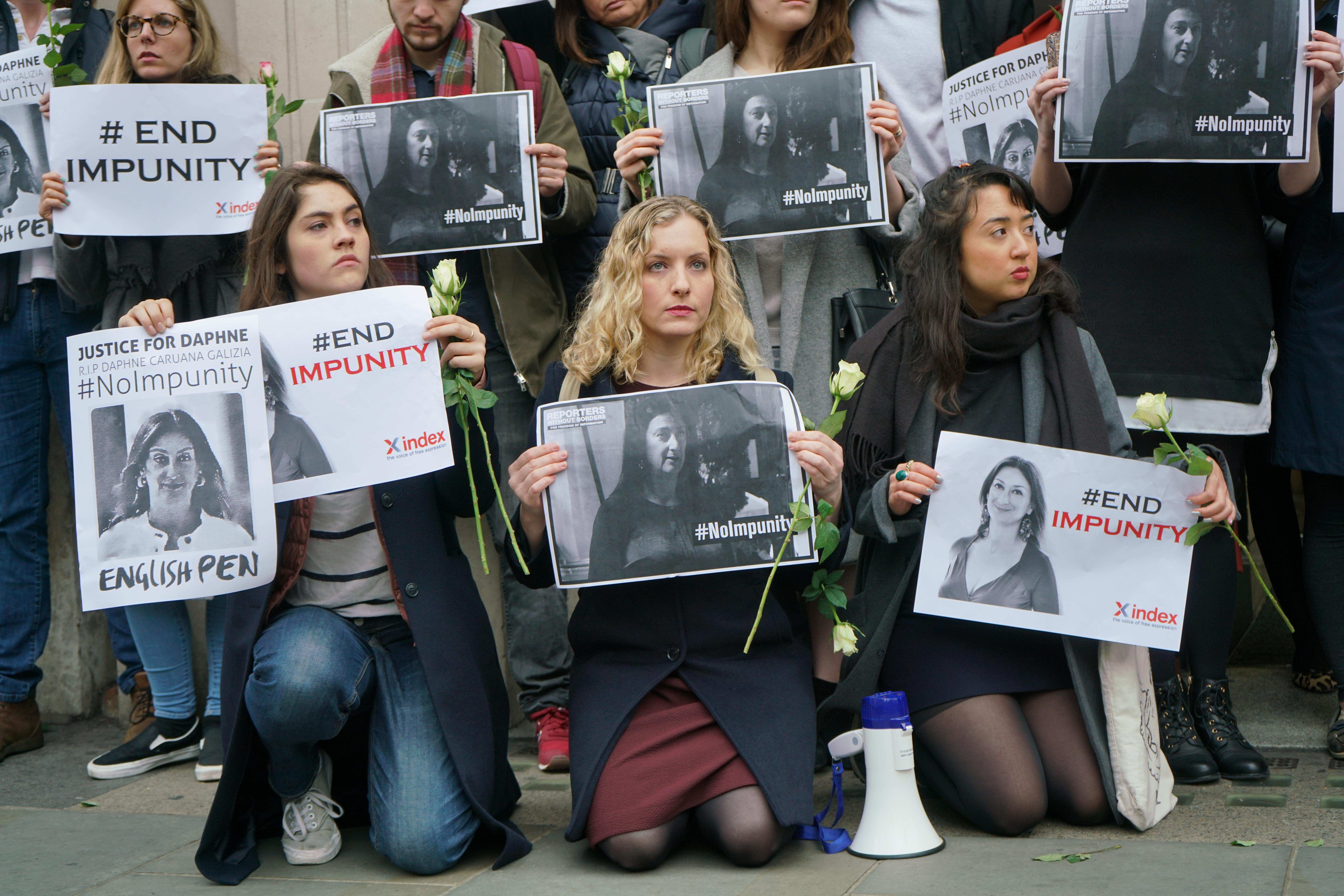 Bíróság elé állítják a három férfit, akit a máltai újságíró meggyilkolásával vádolnak