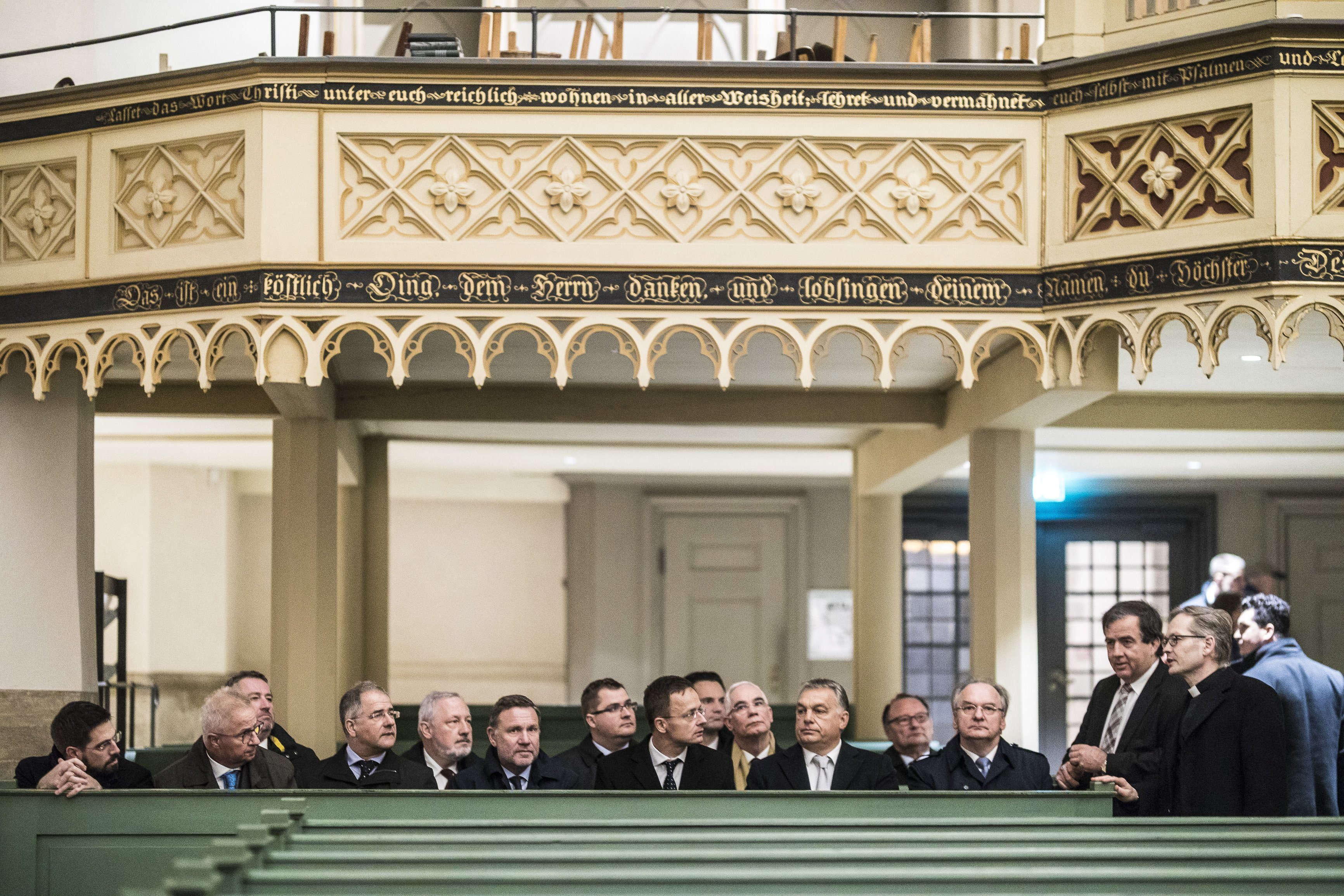Orbán 102 millió forintos kormányzati támogatást adott a Mária Rádiónak
