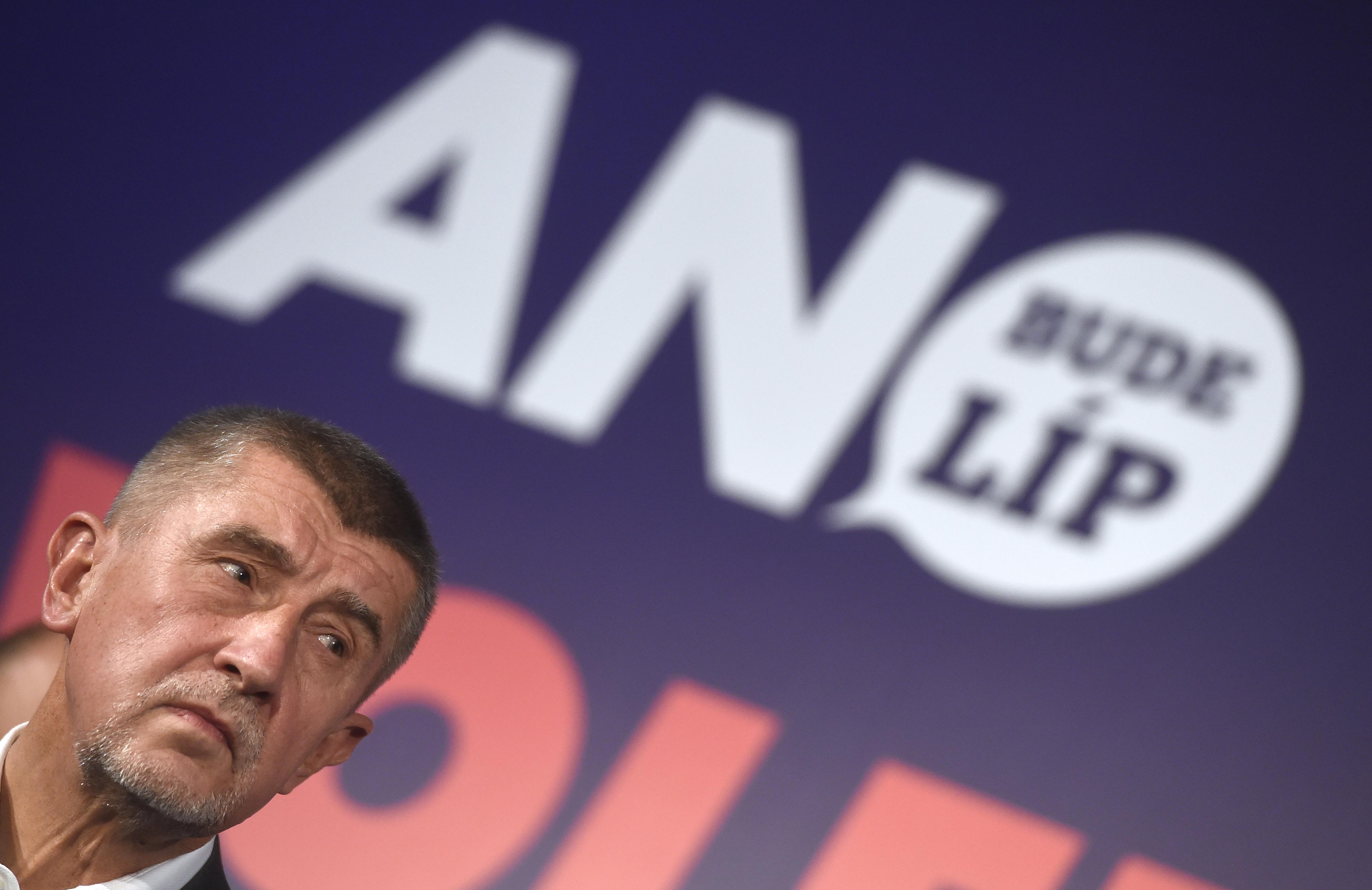 Ismerd meg a cseh Donald Trumpot, aki Orbán mintájára építené újra Csehországot