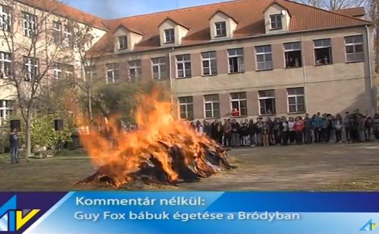 Guy Fawkes-szalmabábukat égettek máglyán az ajkai gimnáziumban