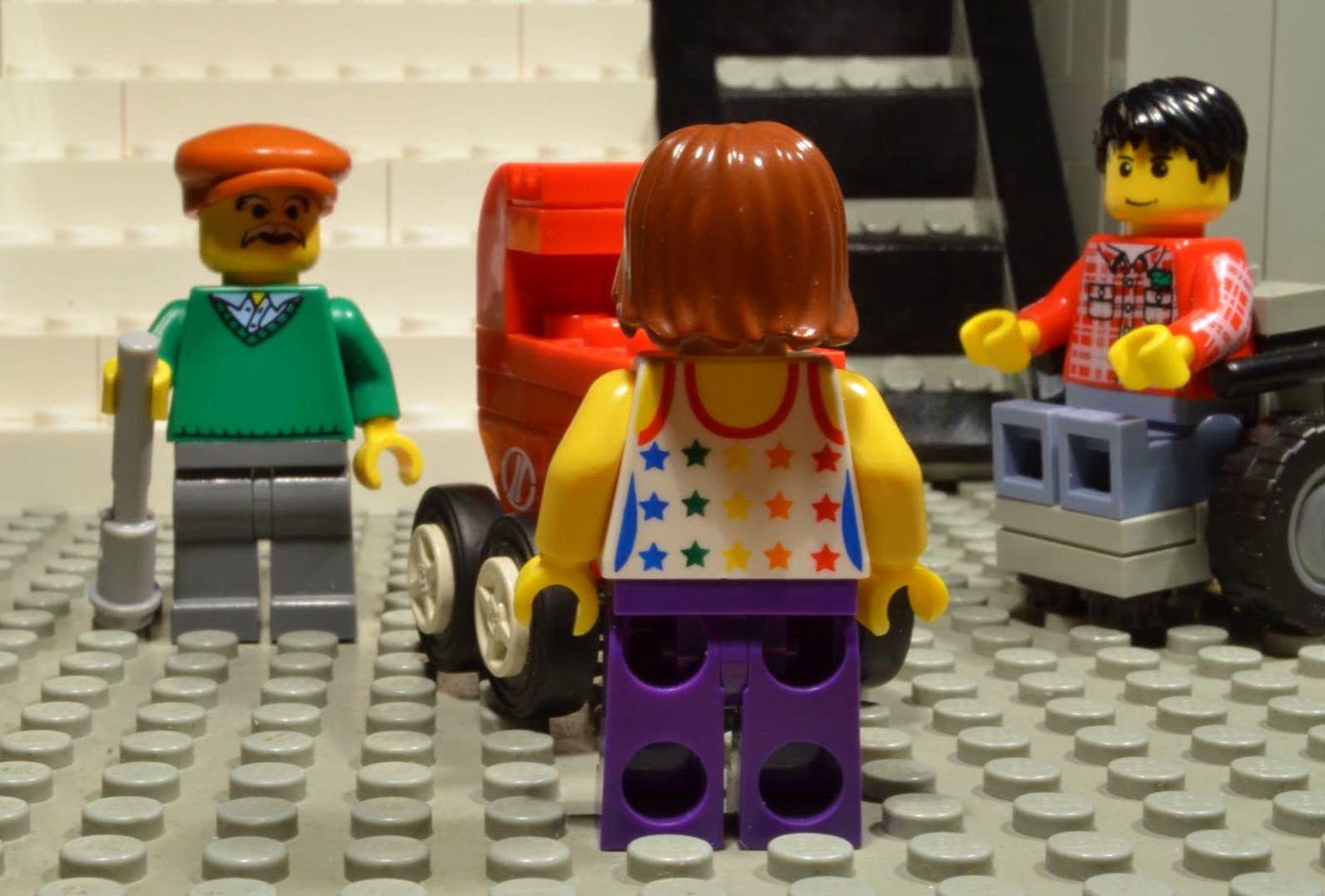 Egy új-zélandi kisfiú megszagolt egy tányér muffint, erre előkerült az orrából egy két éve feldugott Lego darab