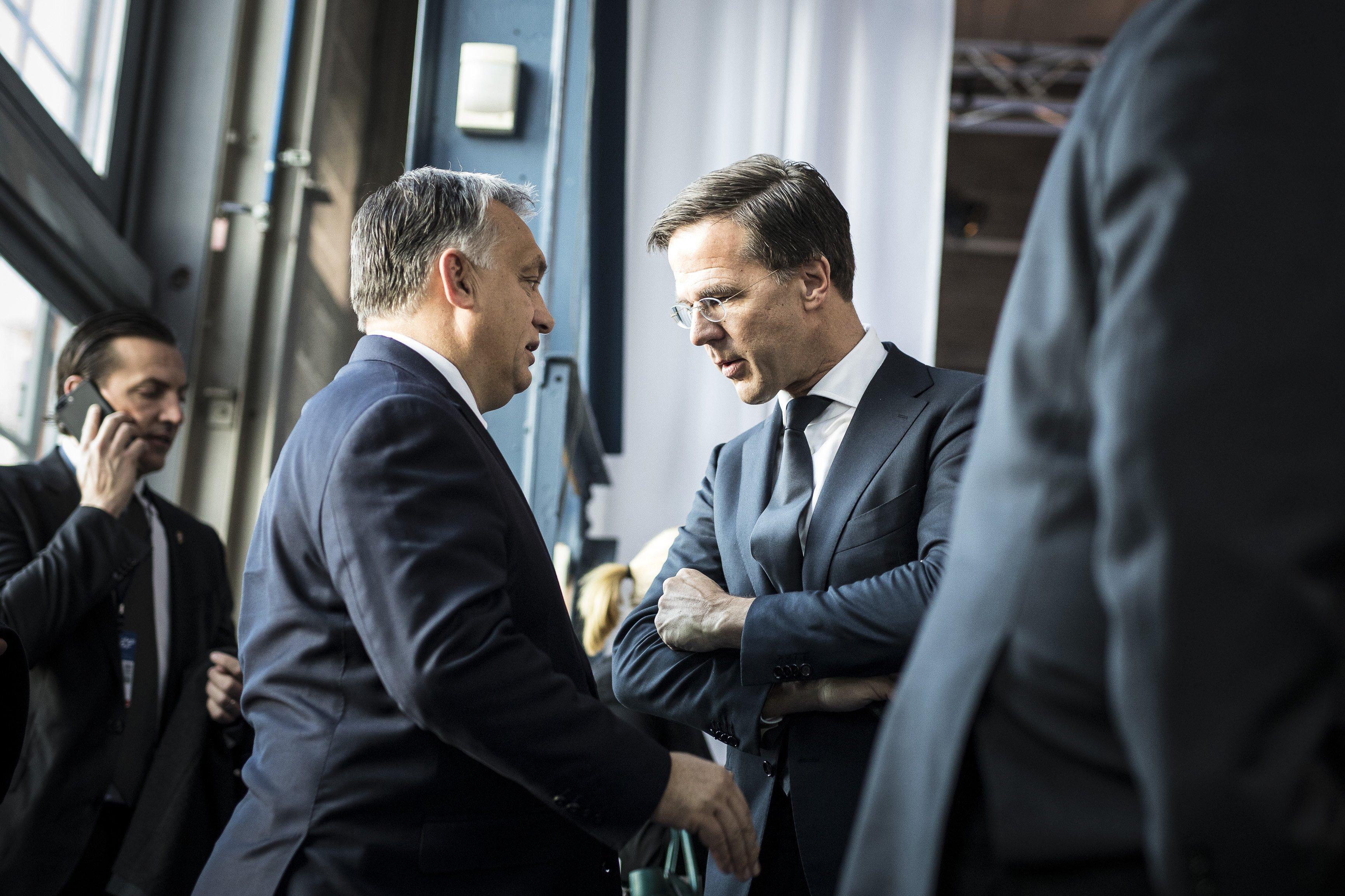 A holland miniszterelnök nem érti, mit keres még a Fidesz a Néppártban