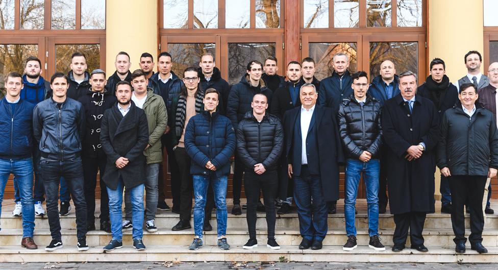Orbán Viktor és Gáspár felkeresték a Puskás Ferenc Labdarúgó Akadémiát
