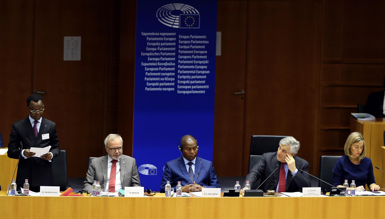 Az Európai Unió most már tényleg bármit megtenne, hogy az afrikai migránsok menjenek haza, vagy el se induljanak