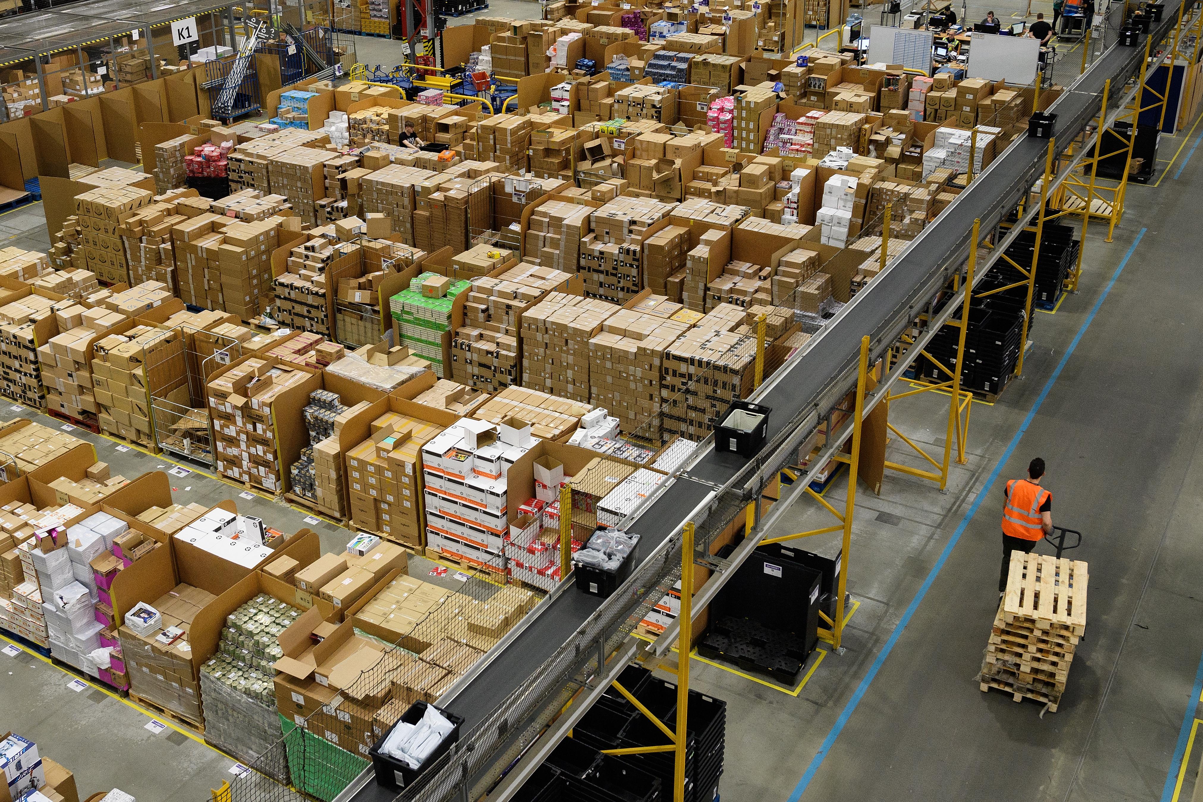 Épp a Black Friday idején kezdett sztrájkba az Amazon több mint 500 dolgozója Olaszországban és Németországban