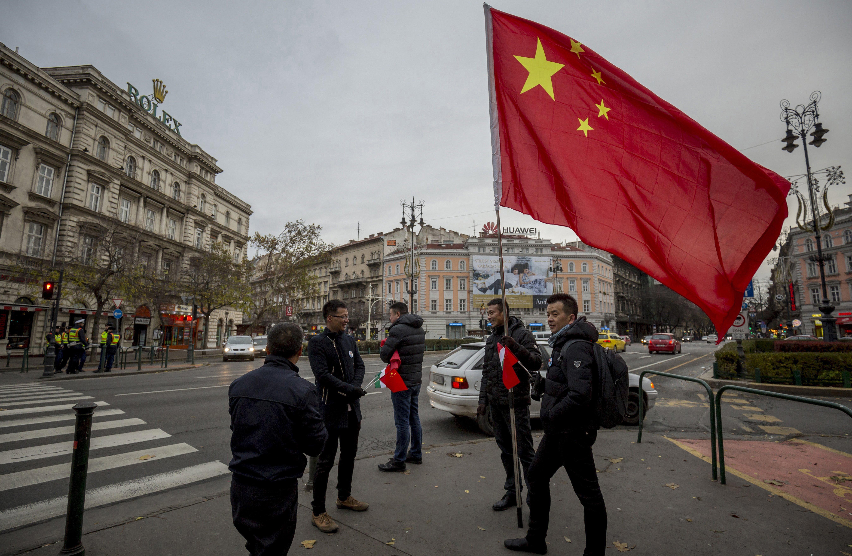 Ausztrália megijedt a magyar kormány új nagy barátjától, Kínától
