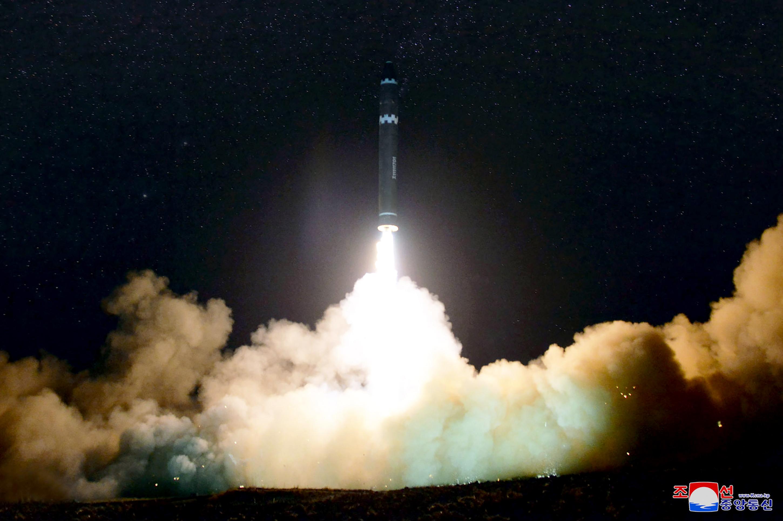 Észak-Korea a berlini nagykövetségén át juthatott alkatrészekhez atom- és rakétaprogramjához