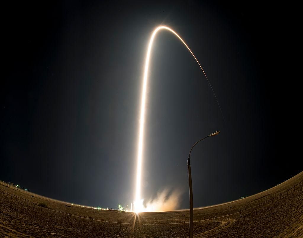 Az orosz sajtó szerint azért zuhant le az űrrakéta, mert egyszerűen rossz várost írtak be starthelynek a rendszerbe