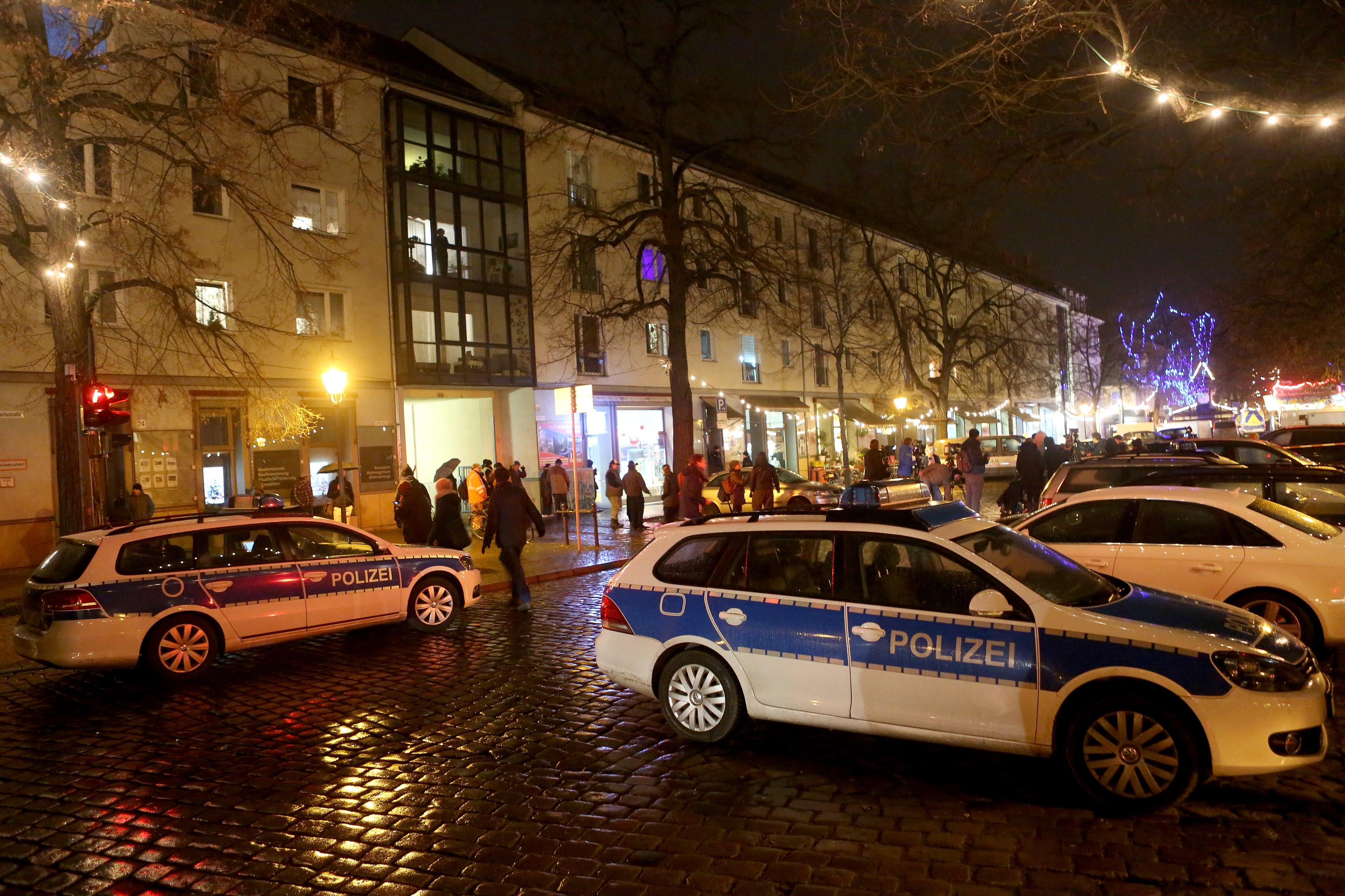 A csomagküldő céget akarták zsarolni a karácsonyi vásárhoz küldött robbanószerrel