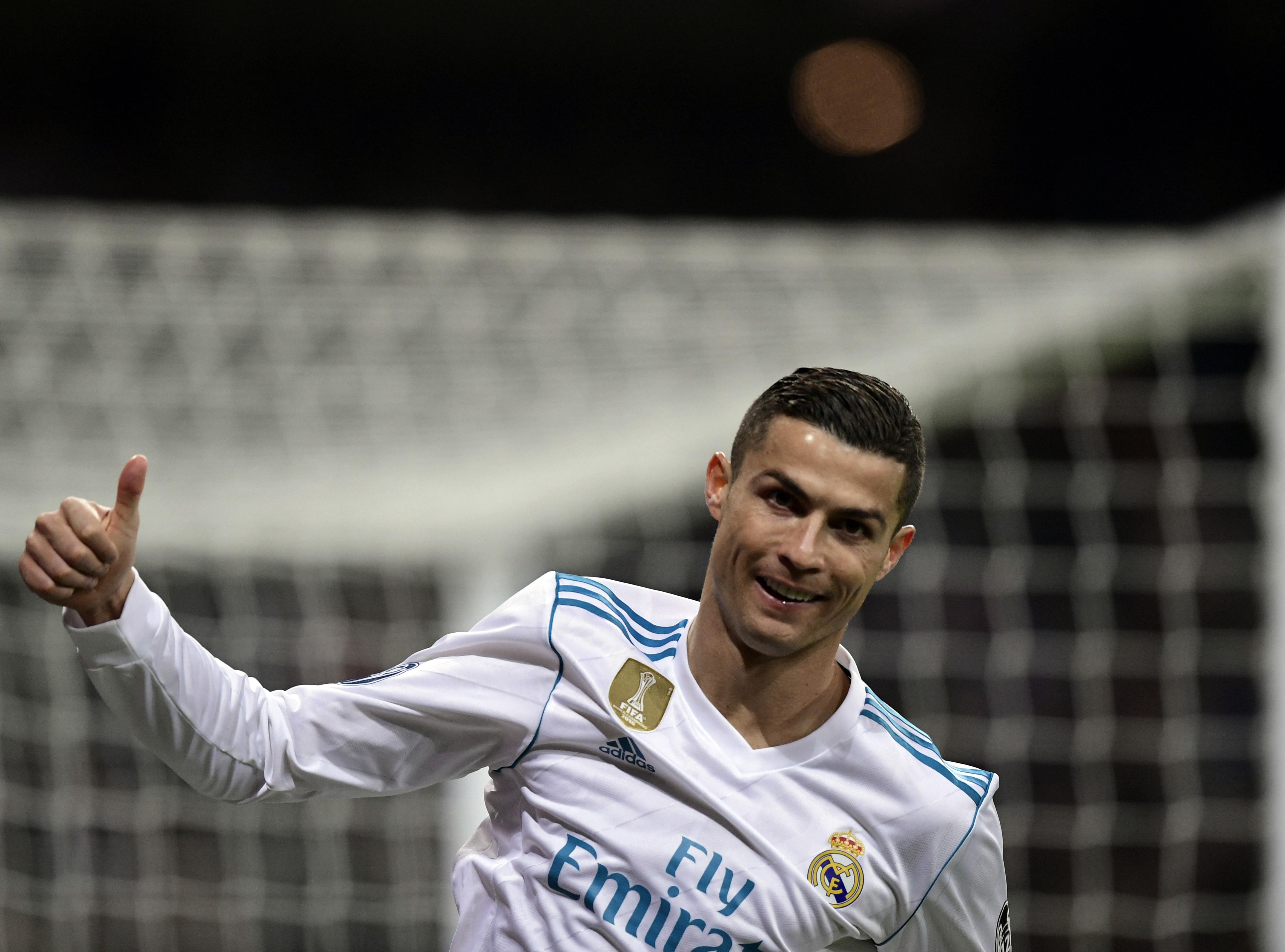 Cristiano Ronaldo megkapta az ötödik Aranylabdáját