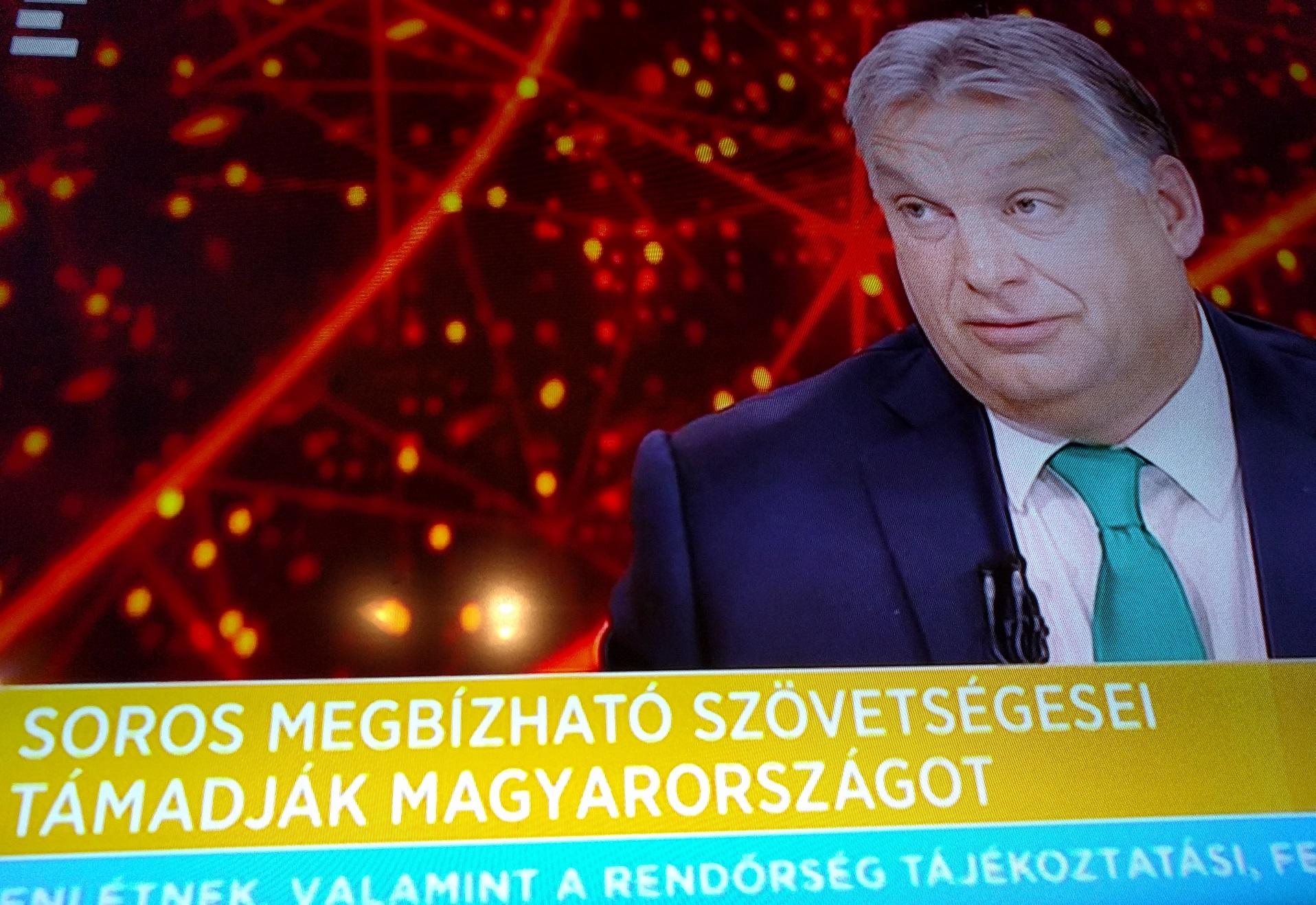 Orbán: Ma már nagyon nehéz véleményeket elnyomni egy országban, hiszen mindannyian újságírók lettünk, mert fent vagyunk a közösségi médiában