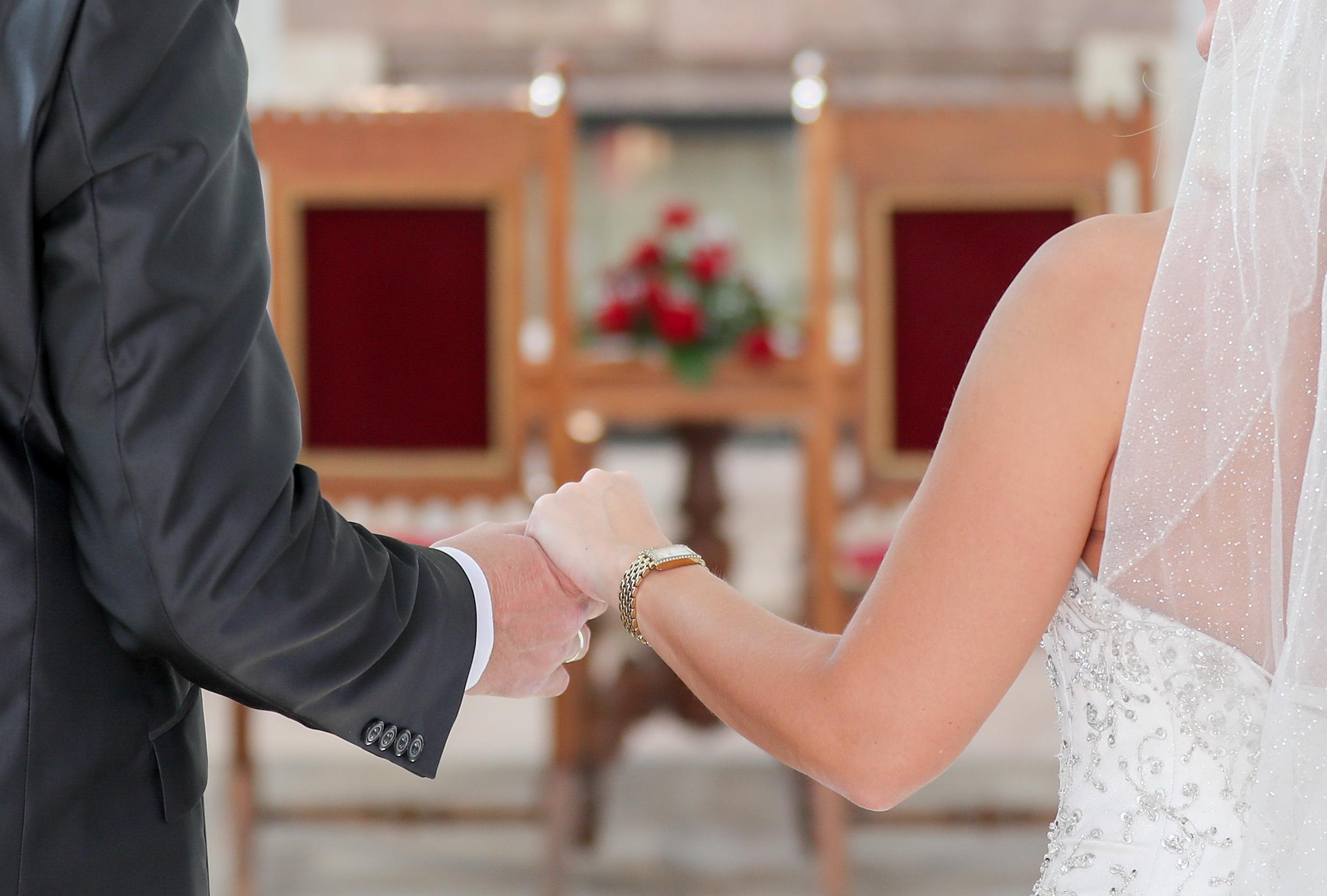 Férj és feleség is indulhat egymás ellen a választáson