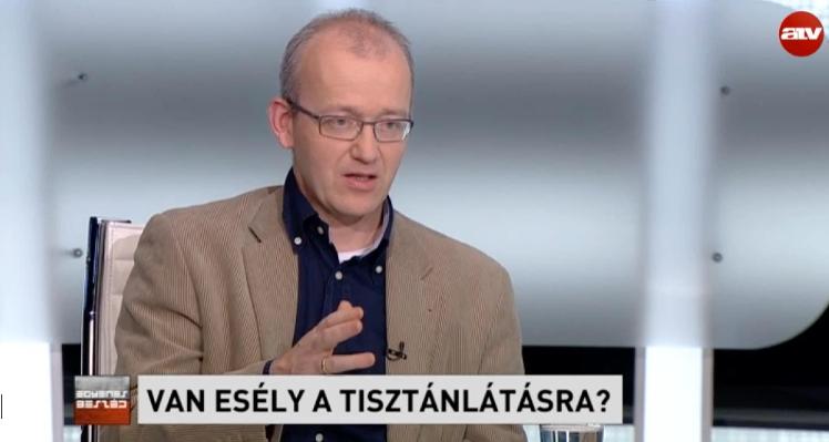 Ungváry: Az ügynökkérdést mindig is zsarolási alapnak használta a politika. Ez ma is él