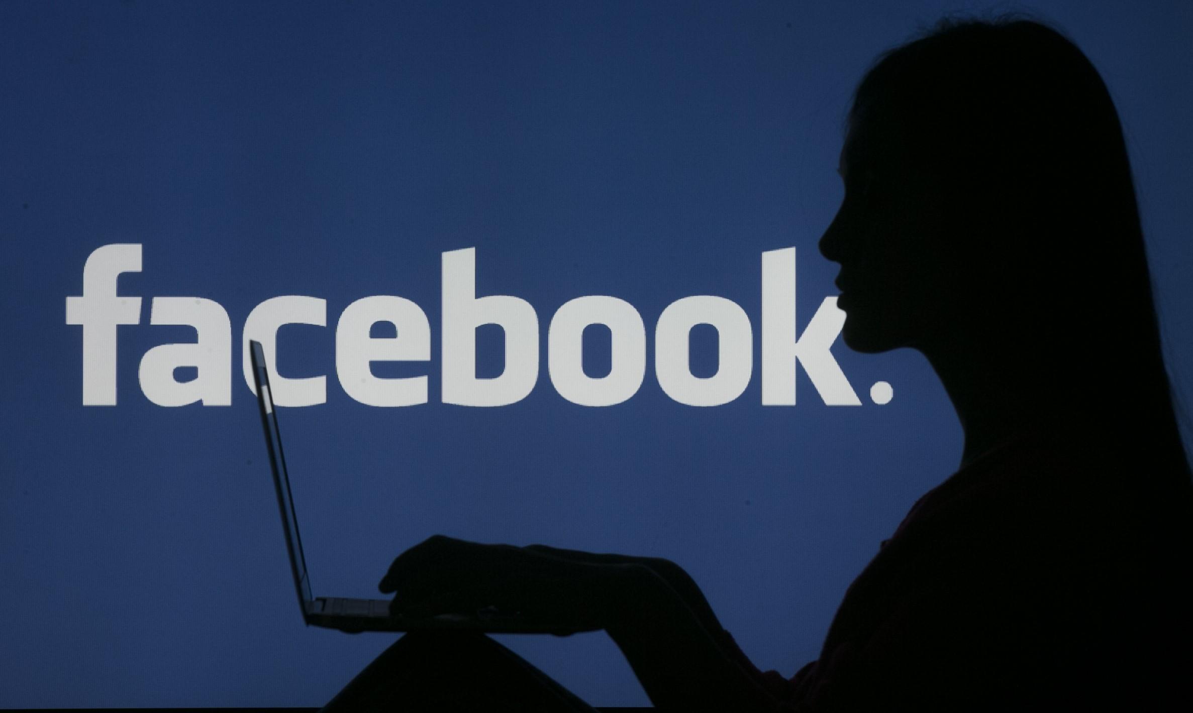 Az indiai kormány szabályozni fogja a Netflixen és a Facebookon megjelenő tartalmakat
