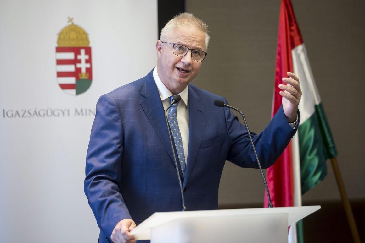 2018. december 12.: A Fidesz végleg kicsinálja a független bíráskodást