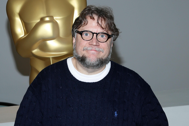 Guillermo del Toro fiatalon látott egy ufót, de nagyon elégedetlen volt a látvánnyal