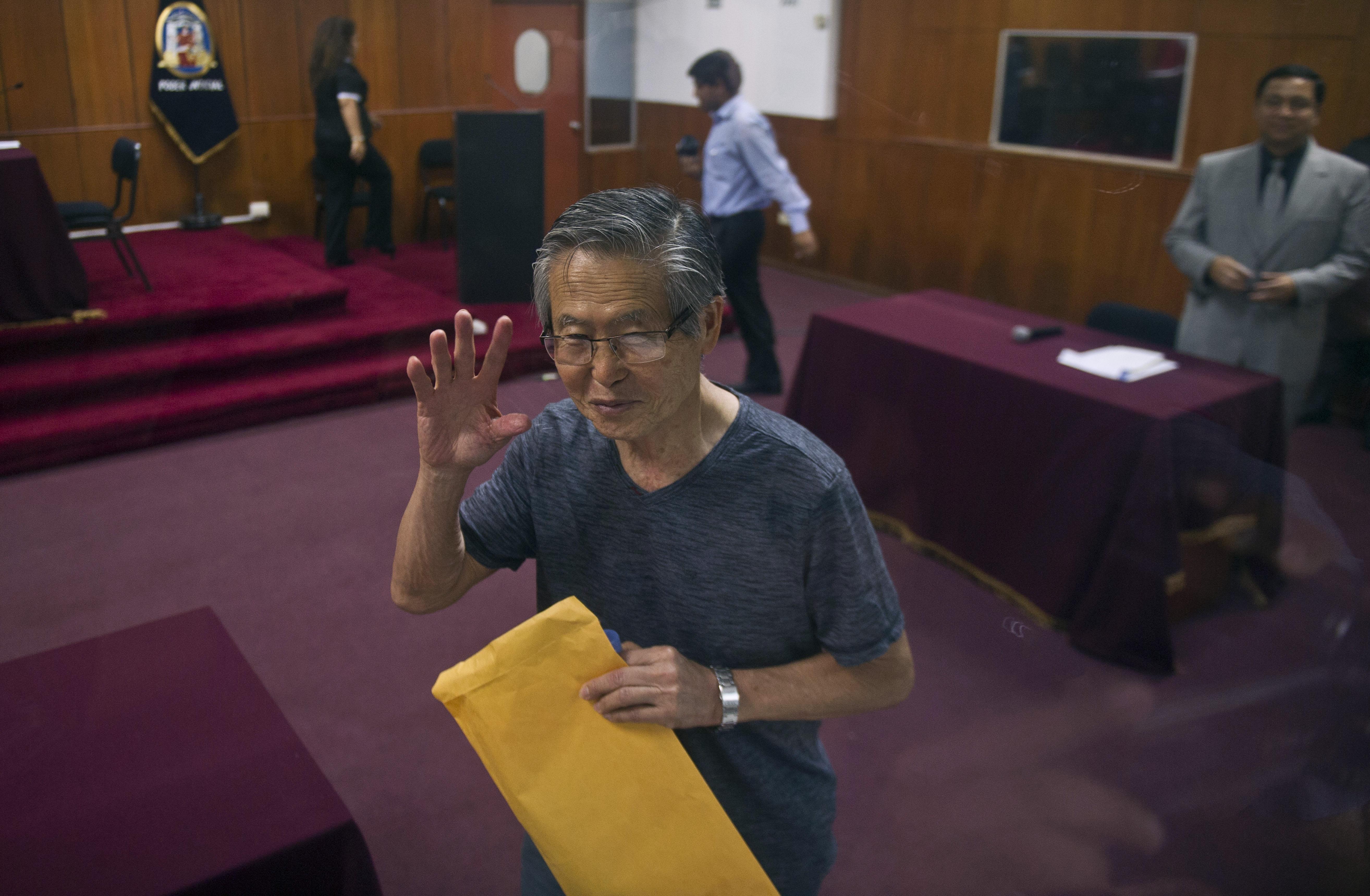 Perui lapok szerint letartóztatták a kórházban ápolt Alberto Fujimori volt államfőt