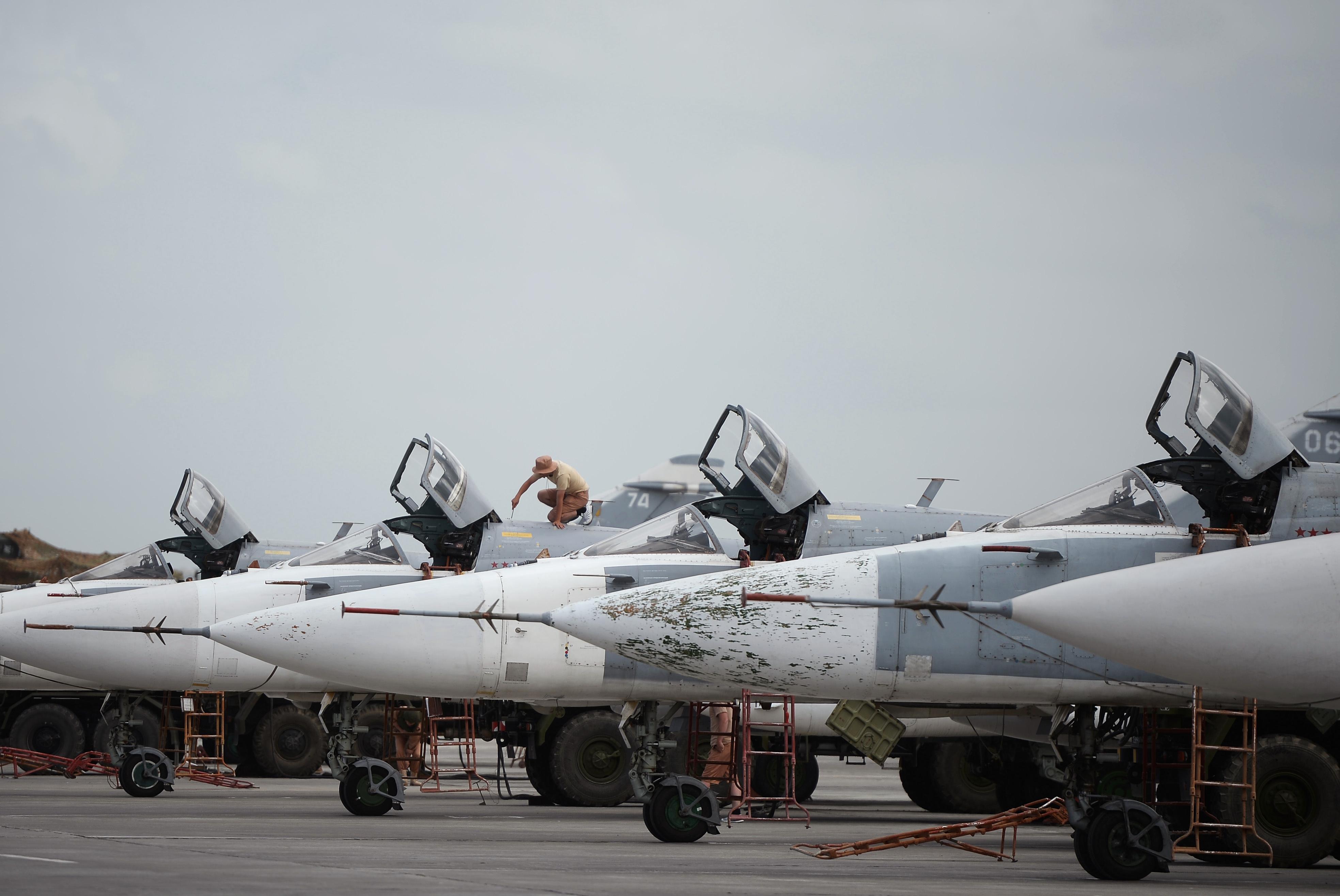 Féltucat orosz gépet semmisítettek meg szilveszterkor a lázadók Szíriában