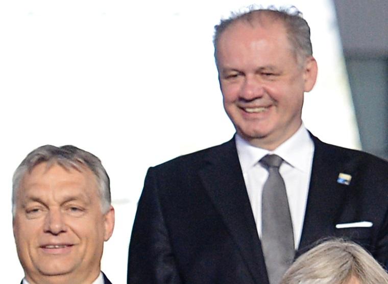 A szlovák belügyminiszter szerint az államfő összehányta a kormánygépet