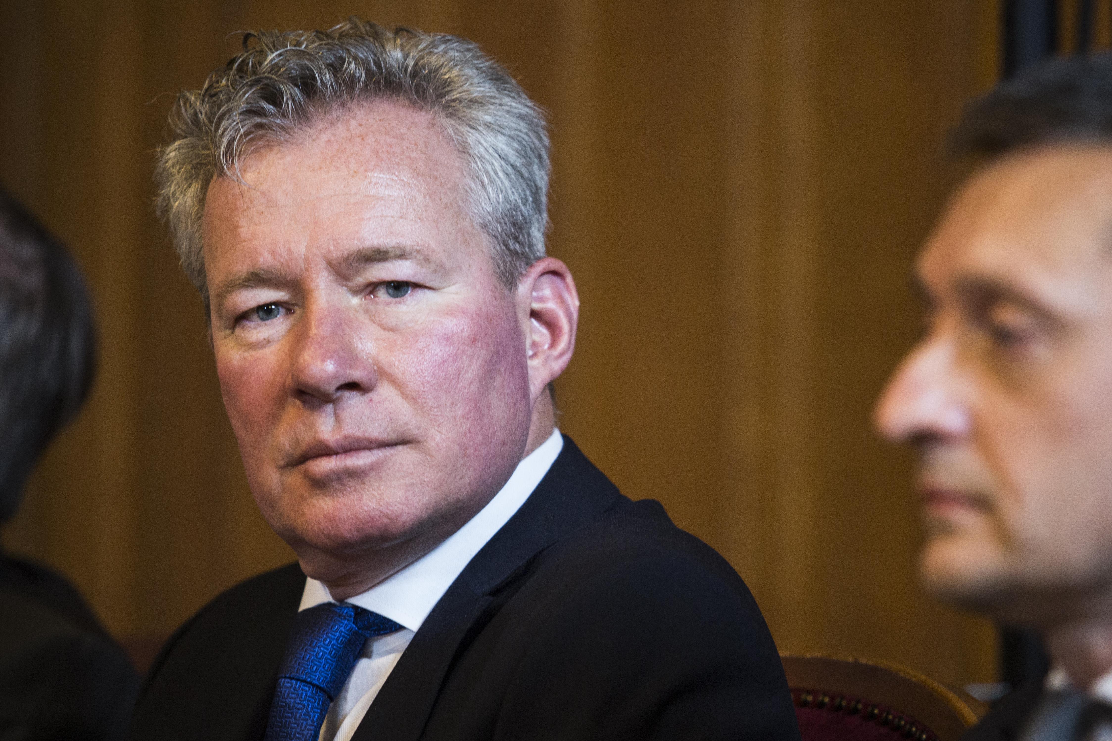 Visszahívják Pálffy Istvánt a dublini nagykövetség éléről