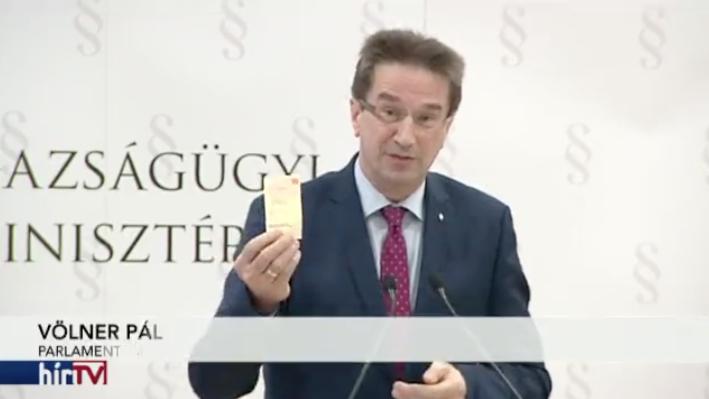 Pont így képzeltem a Fideszt pénzzel támogatókat – Államtitkári rangban van, és nem mondja el, mennyit adott a pártnak