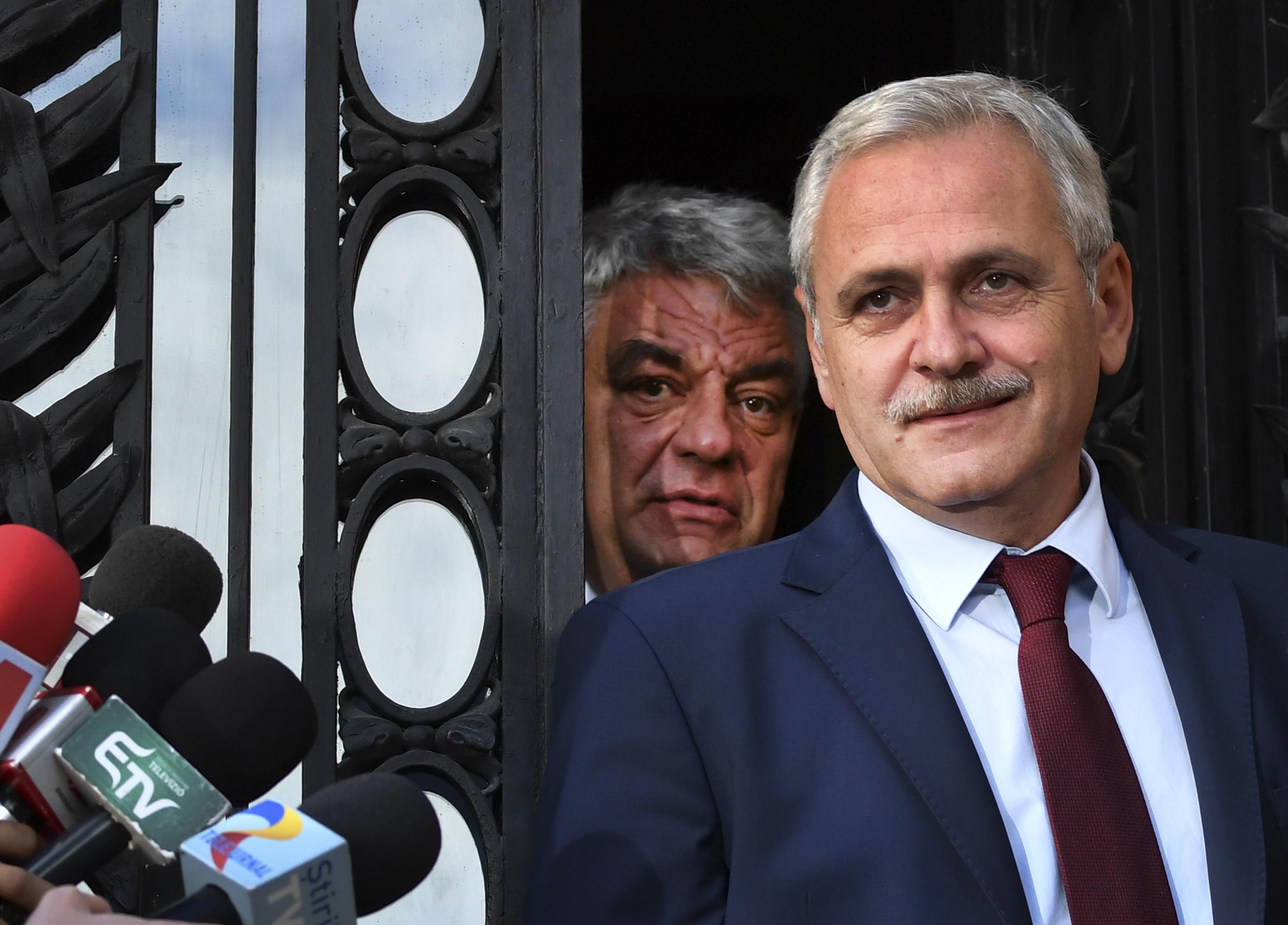 Jogerősen három és fél év börtönre ítélték a román kormánypártot vezető Liviu Dragneát