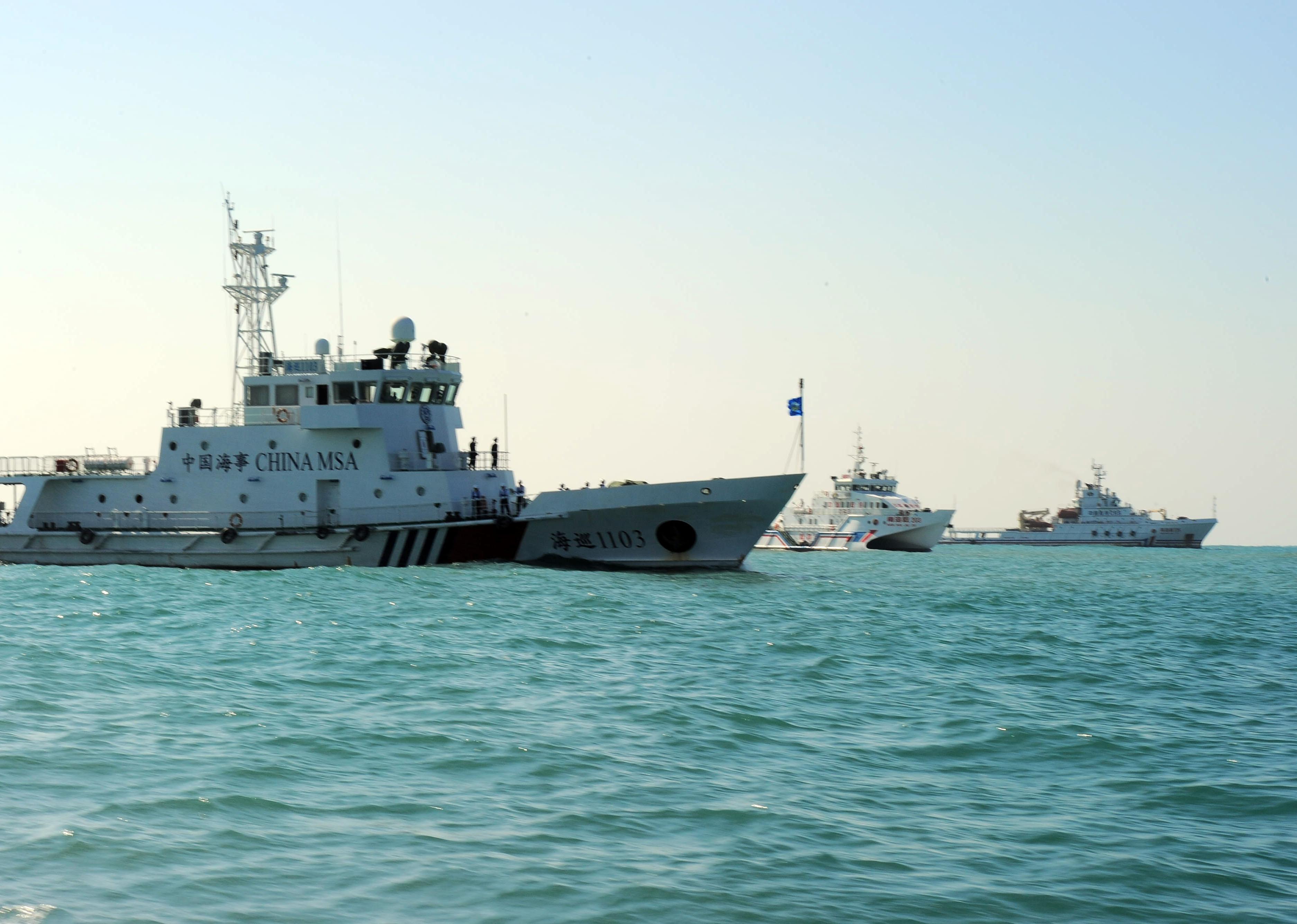 A kínai haditengerészet zavart el egy amerikai rombolót a Dél-kínai tengeren