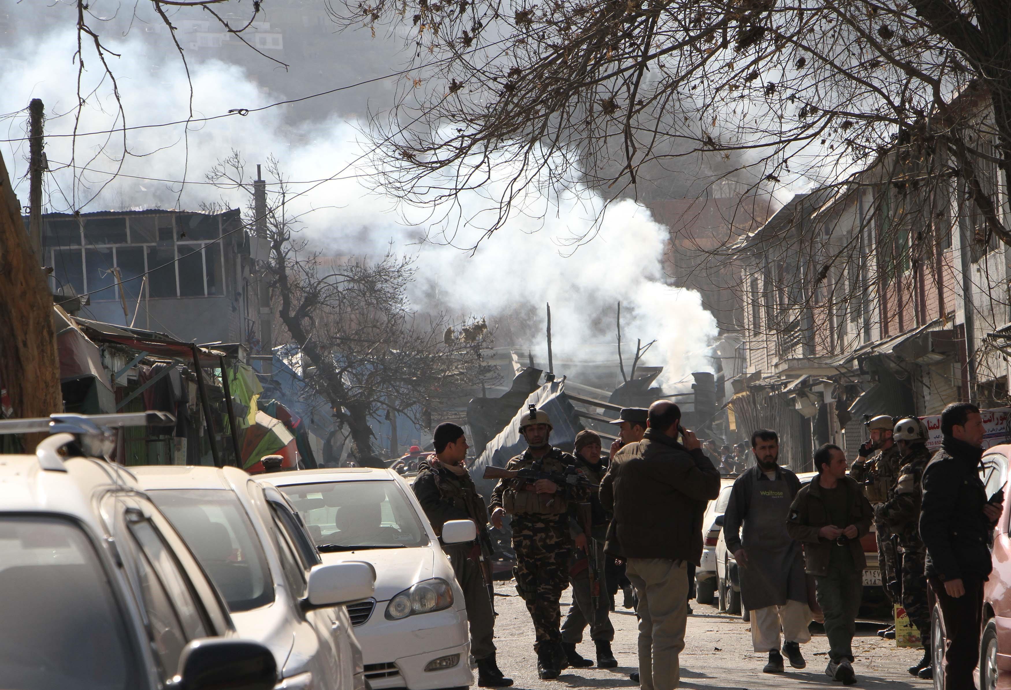 95 halott, 150 sebesült Kabulban – mentőautóba rejtett pokolgép robbant egy kórházban