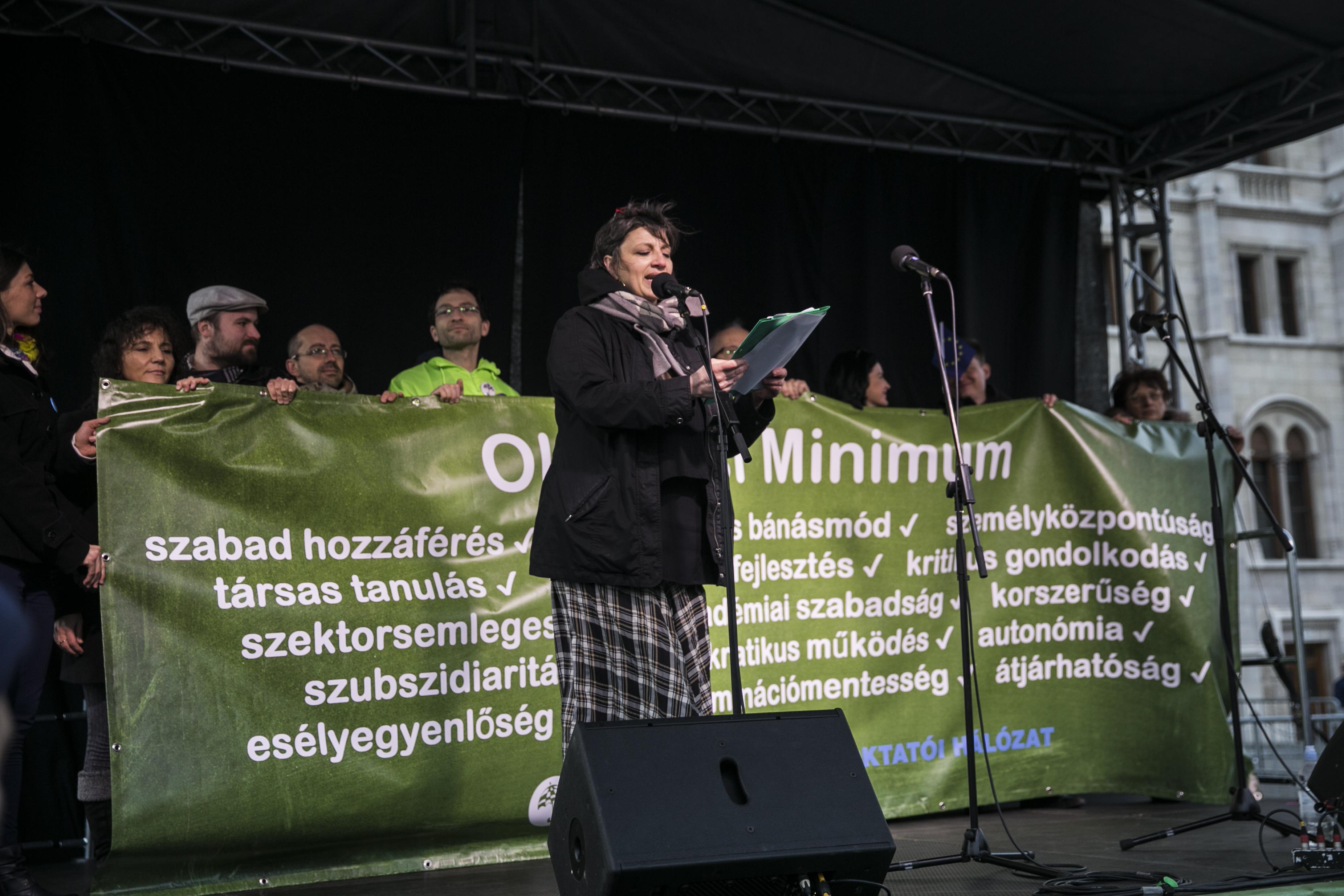 Ilyen is régen volt: az ellenzéki pártok megegyeztek a magyar oktatás alapelveiben