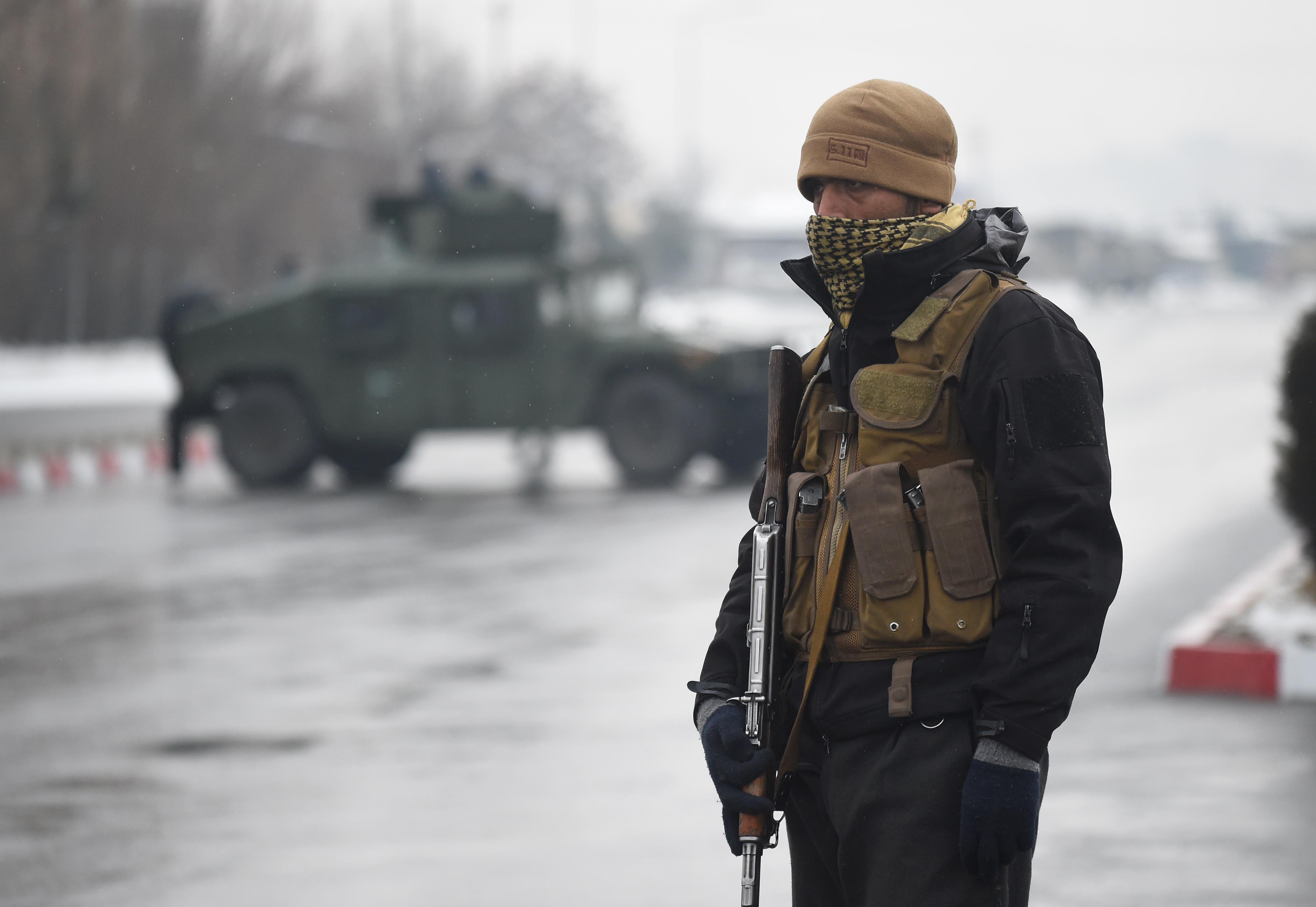 Ostrom alá vettek egy katonai akadémiát Kabulban