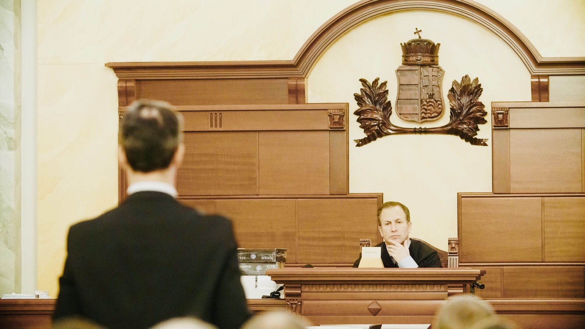 Órákon át elemezte a bíróság a lúgos orvos alibijét, de nem nagyon értették, hogy mi értelme a férfi történetének