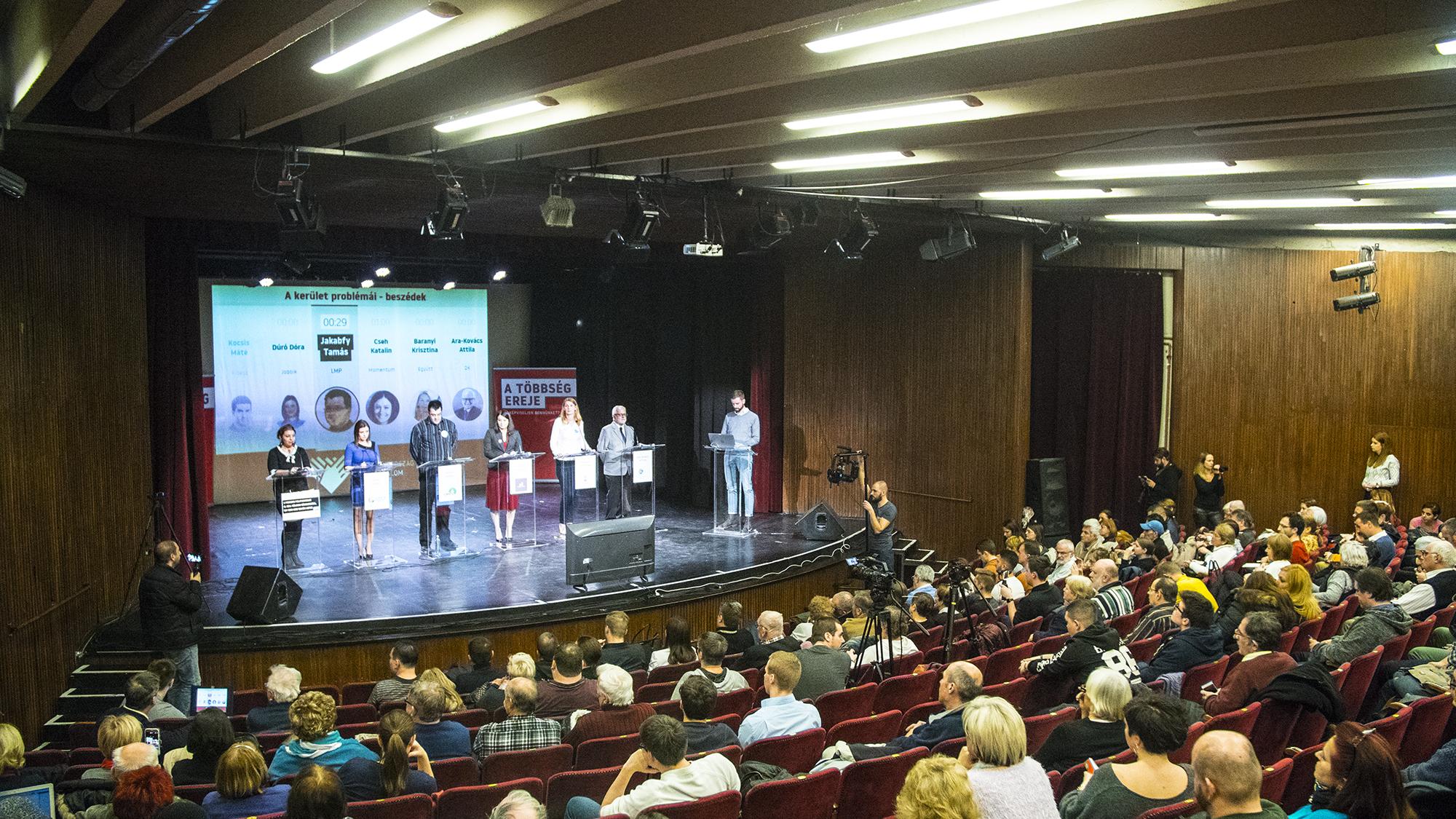 Vitáznak a csepeli képviselőjelöltek, itt nézheti élőben