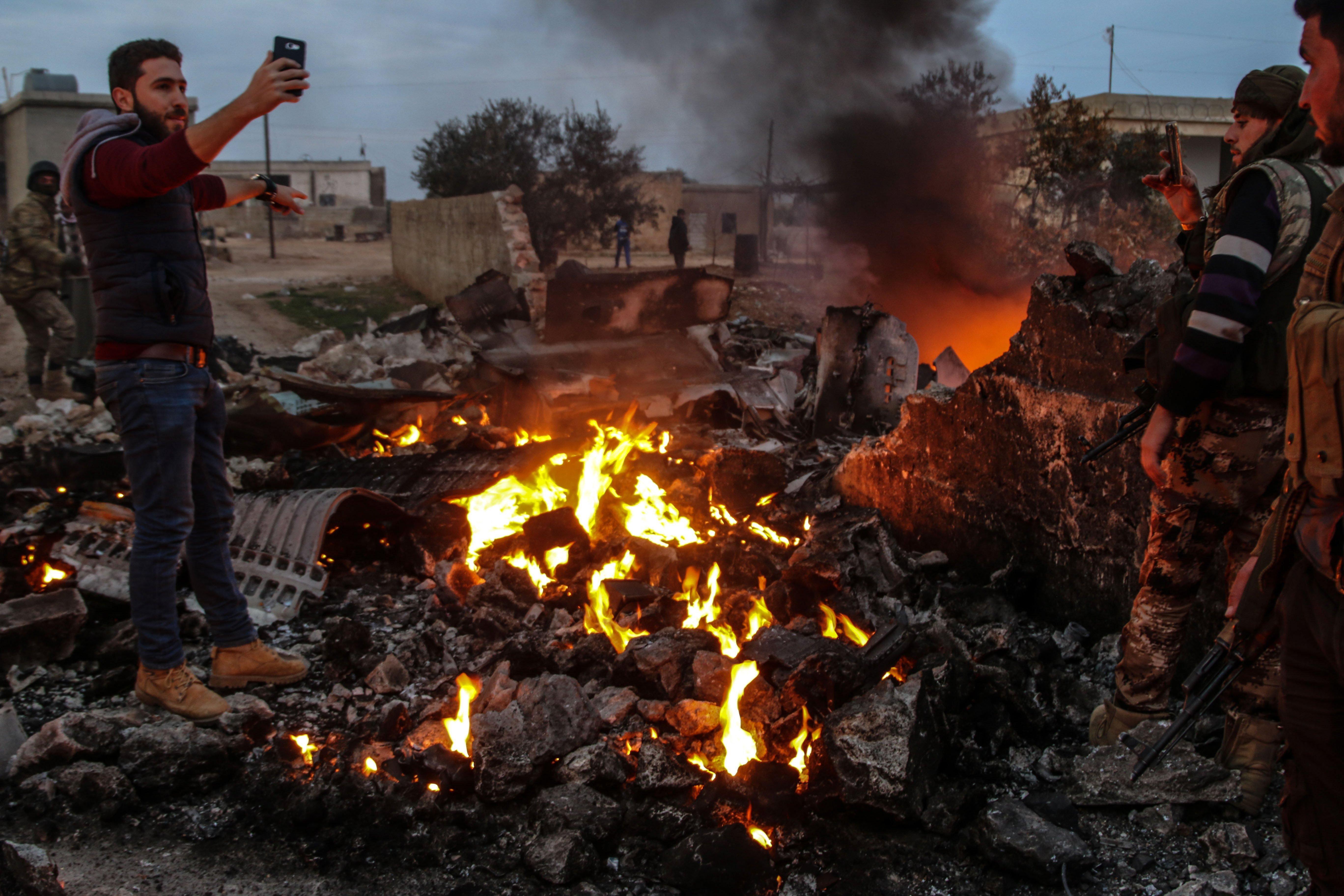 Iszlamista felkelők lelőttek egy orosz Szu-25-ös Szíriában