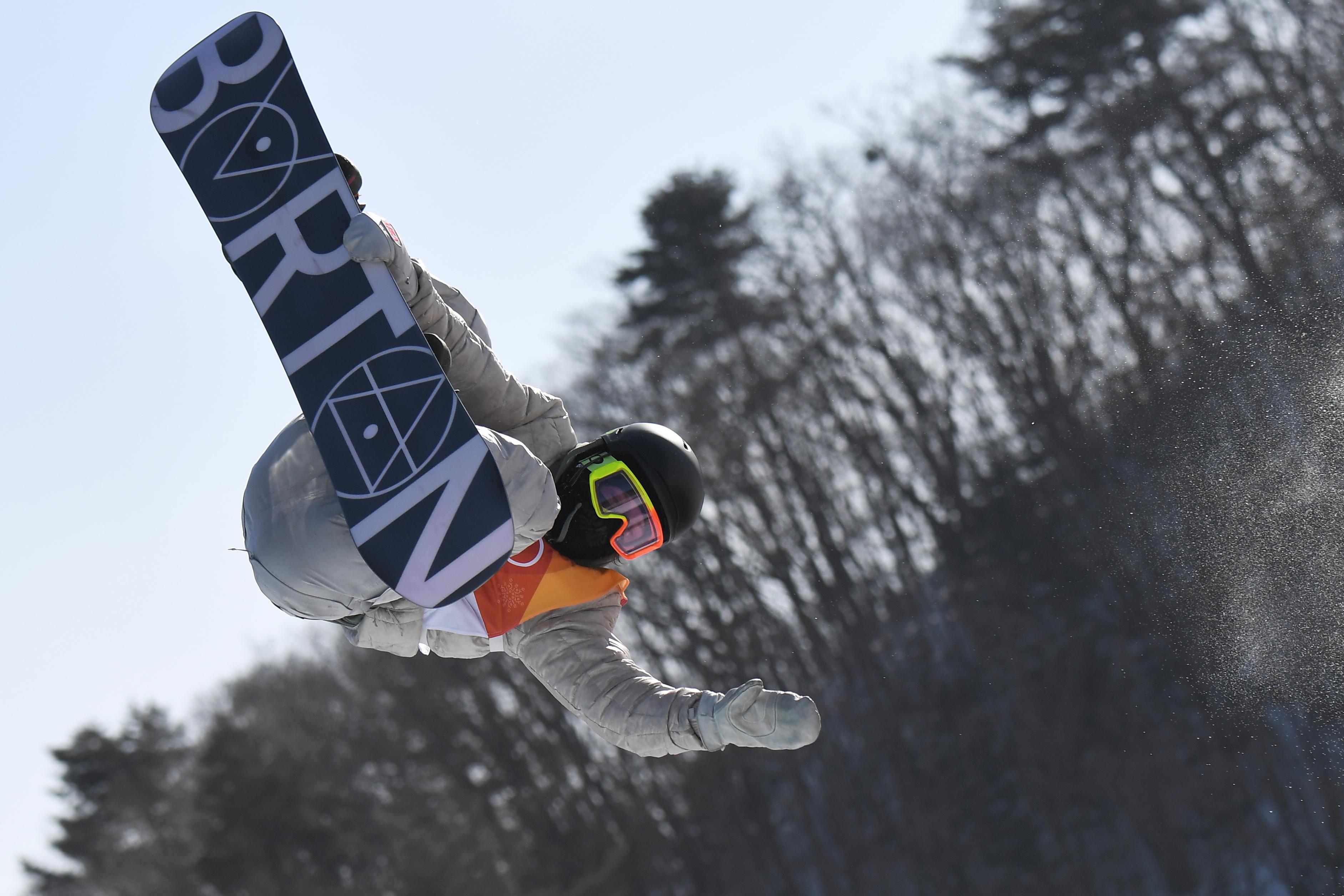 Egy 17 éves amerikai nyerte az aranyat a snowboardosoknál