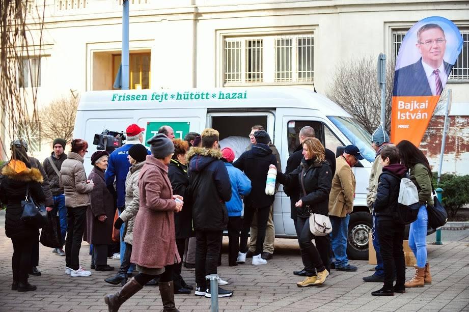 341 esetben egyeznek az aláírások a Fidesz és a Lendülettel Párt ívein Erzsébetvárosban
