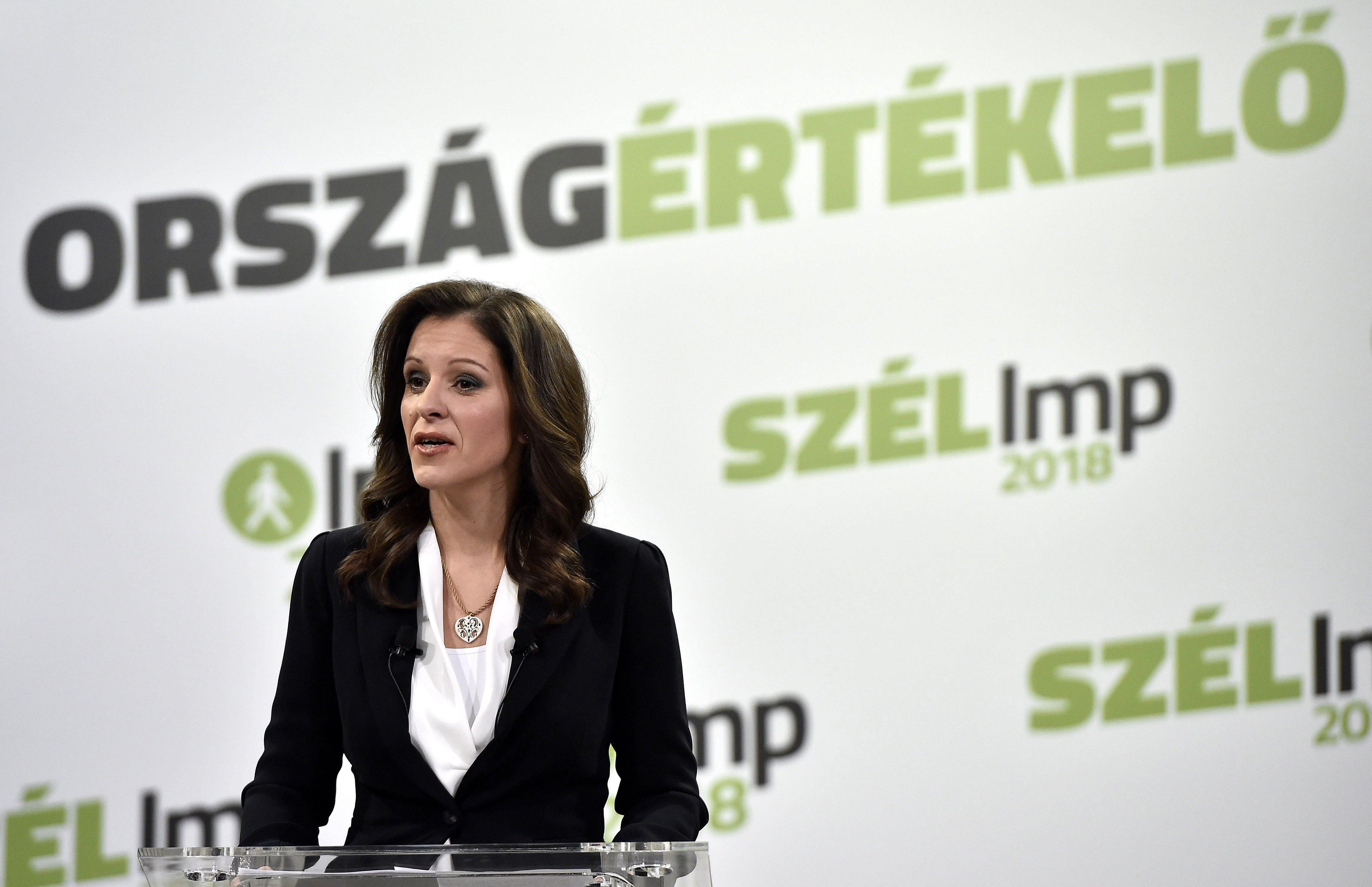 """Szél Bernadett: Már azt sem mondják, hogy Magyarország jobban teljesít, csak annyit, hogy """"Soros György van, veszély és felháborodás"""""""